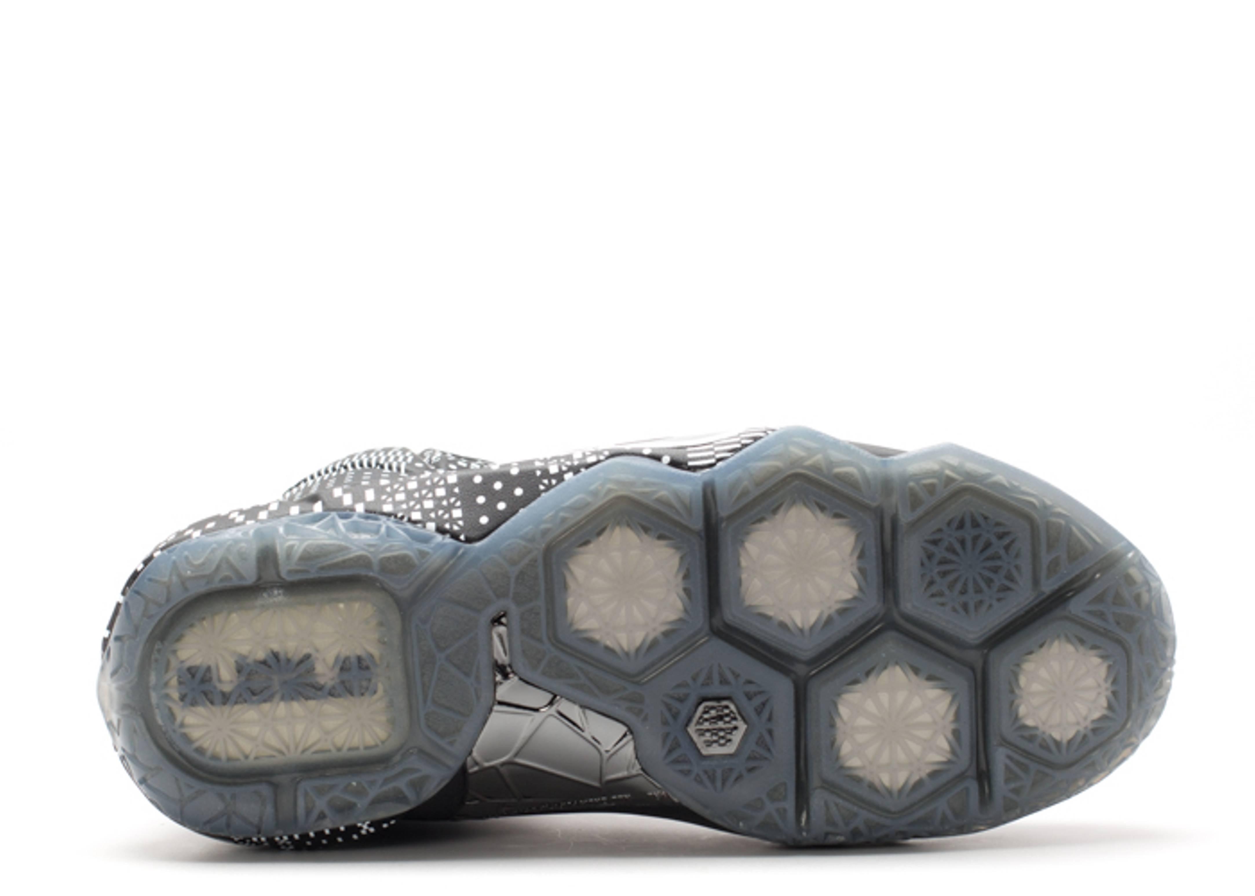online store 2c361 6776d Lebron 12 Bhm (gs) - Nike - 726217 001 - black/white ...