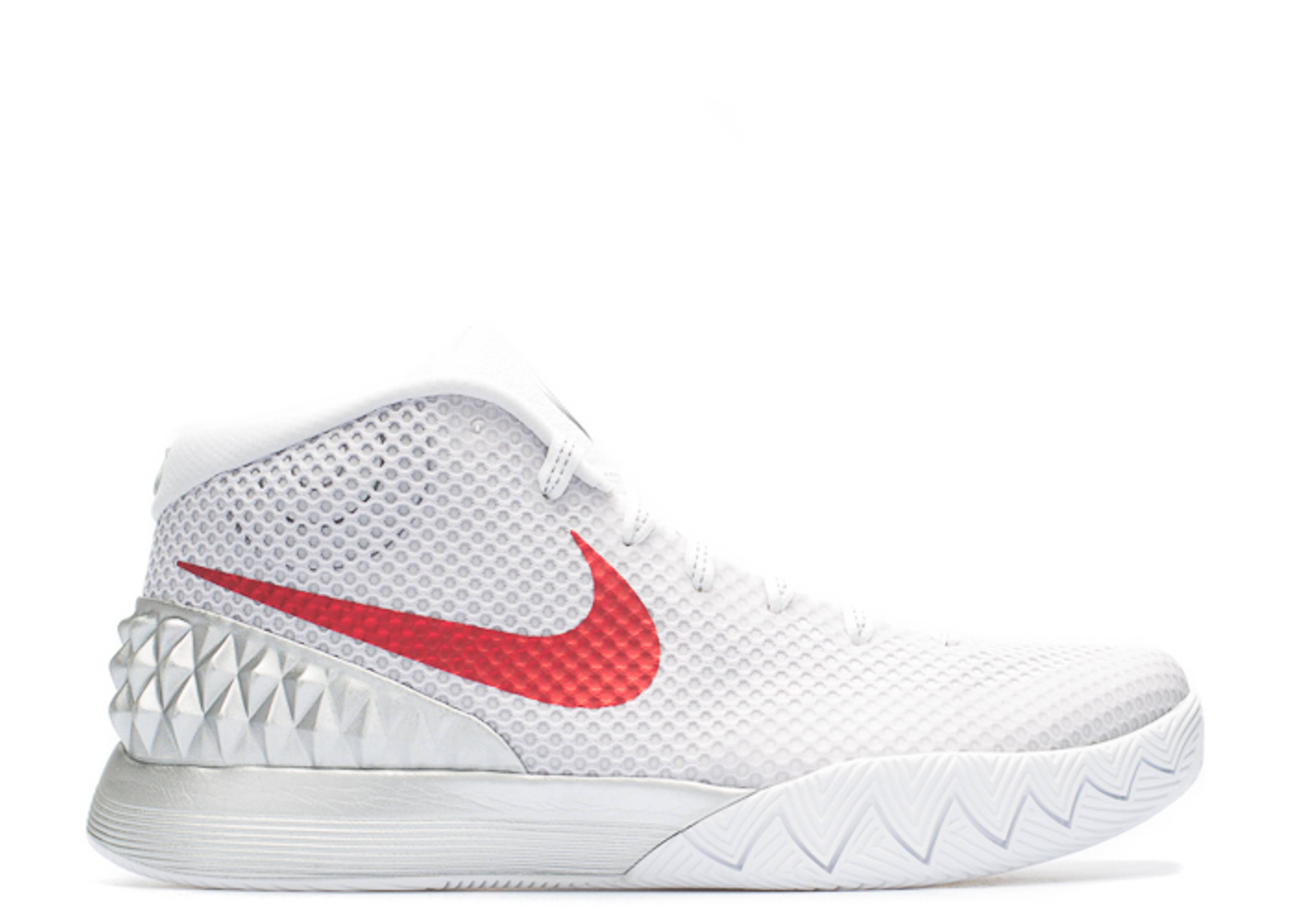 official photos 89930 96e15 Kyrie 1 'Opening Night'
