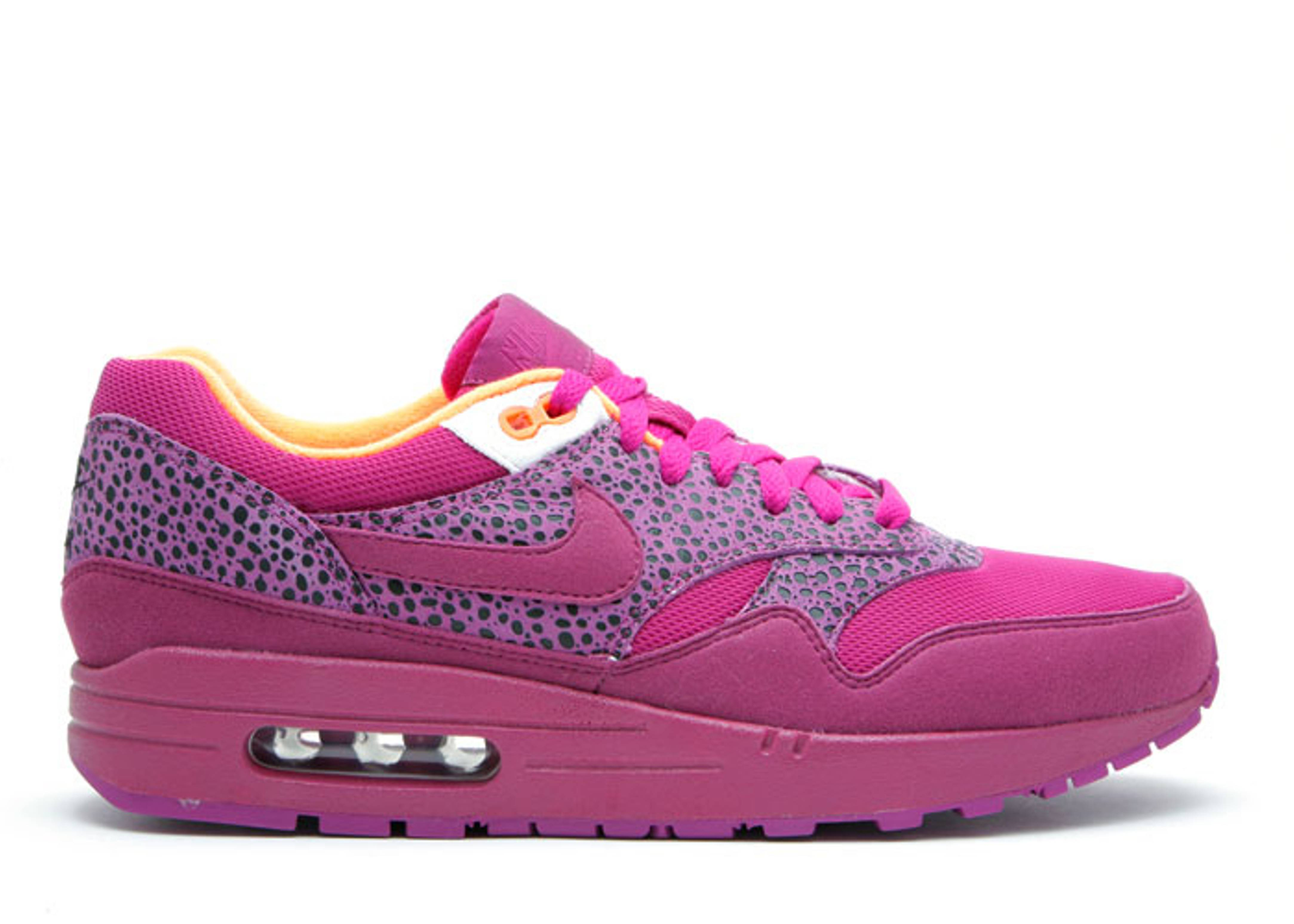 2418bf856f90 W s Air Max 1 - Nike - 319986 552 - red plum red plum-white