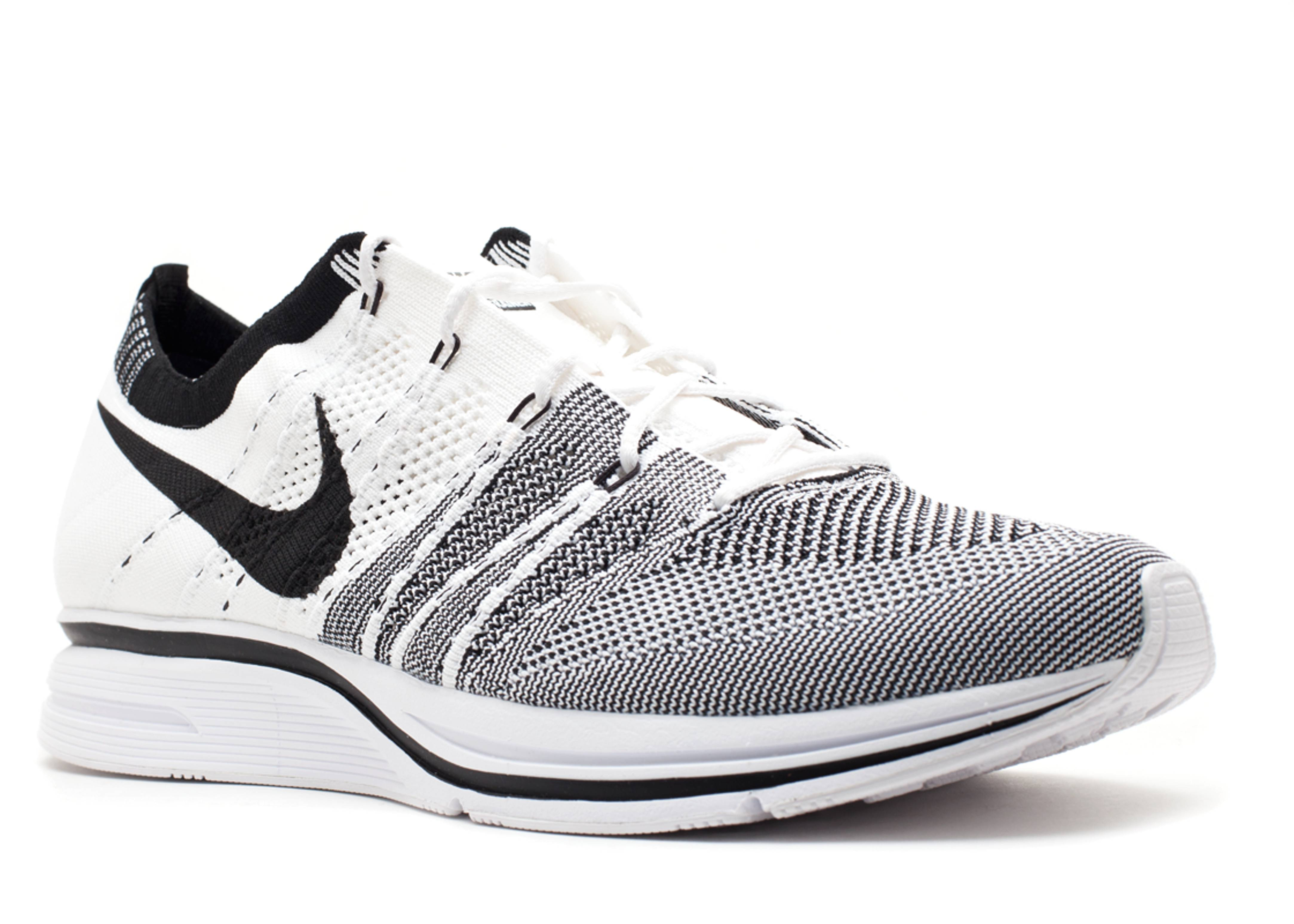 nike flyknit trainer white shop