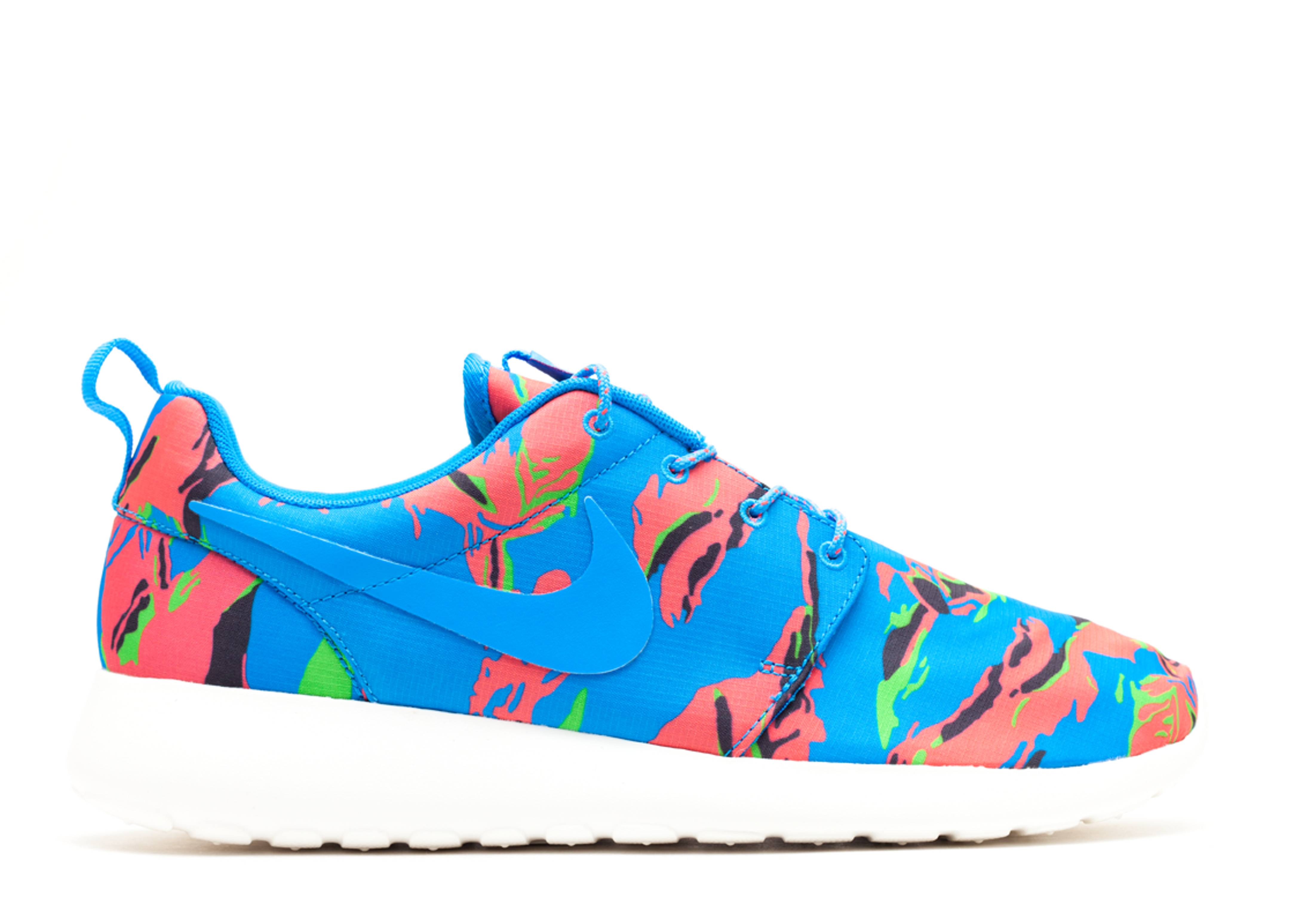 Nike roshe run gpx blue hero tiger camo