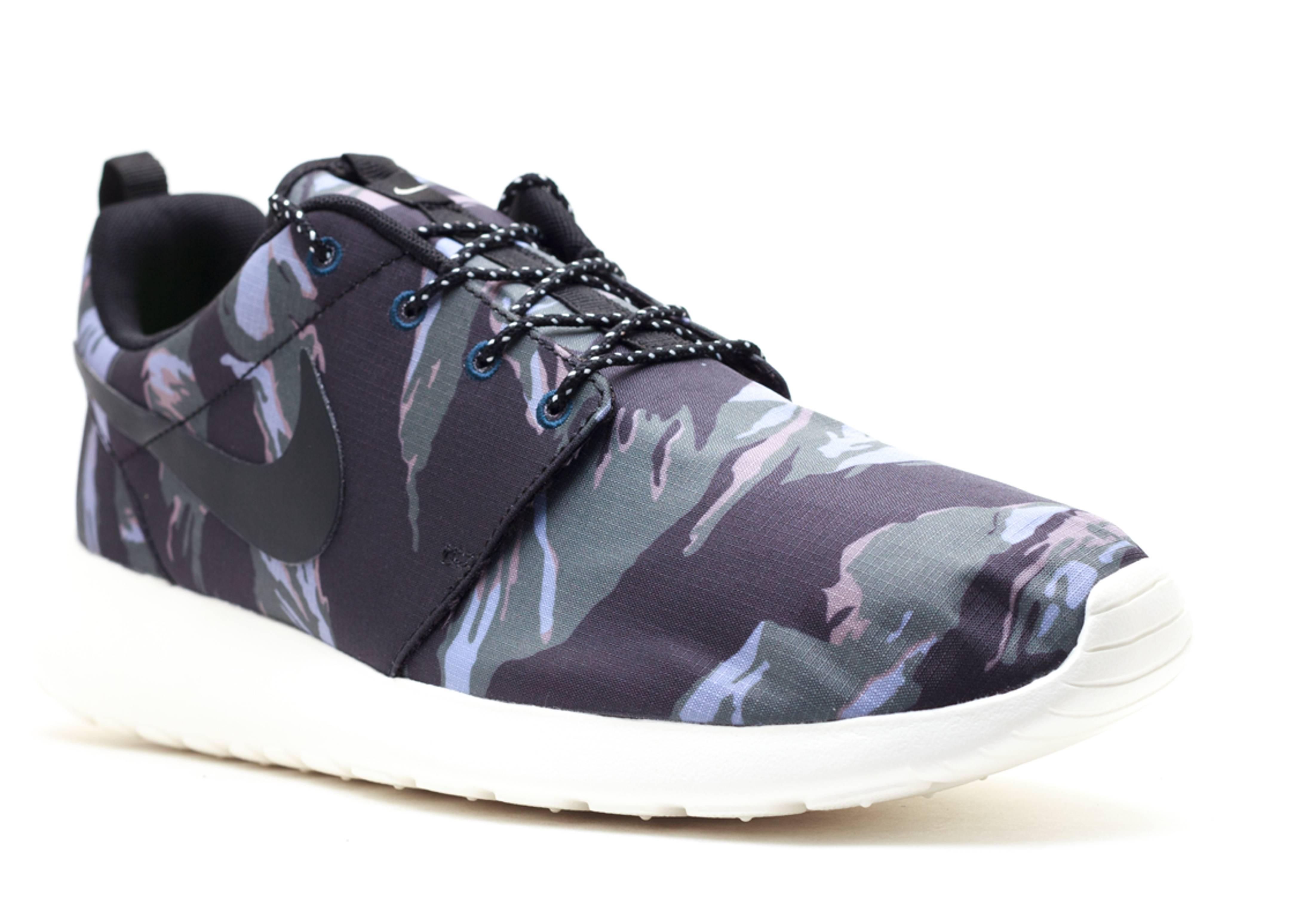 Nike Roshe Run NM FB 'Camo' First Look WearTesters