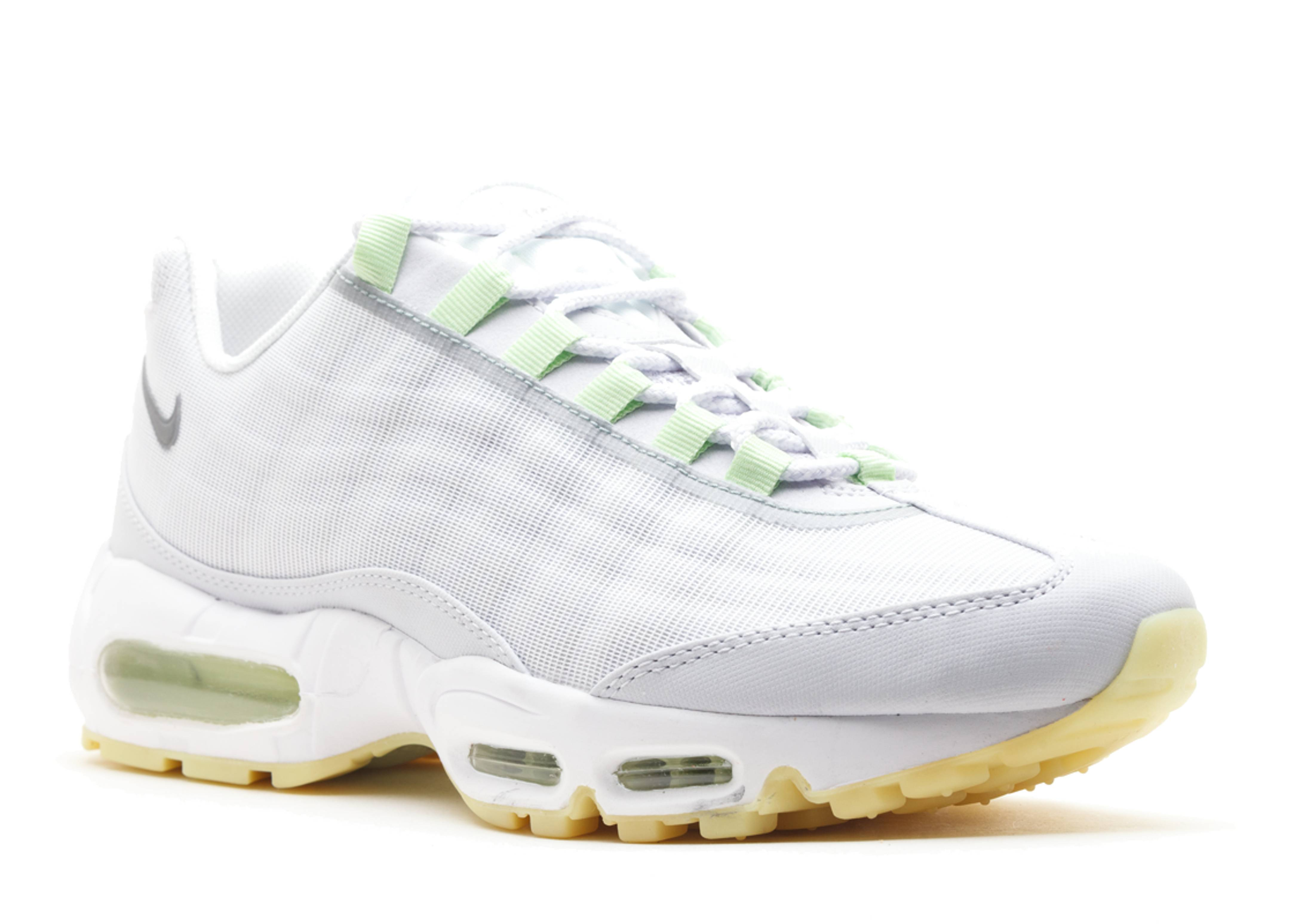 save off b3117 0cfee nike air max prm glow in the dark