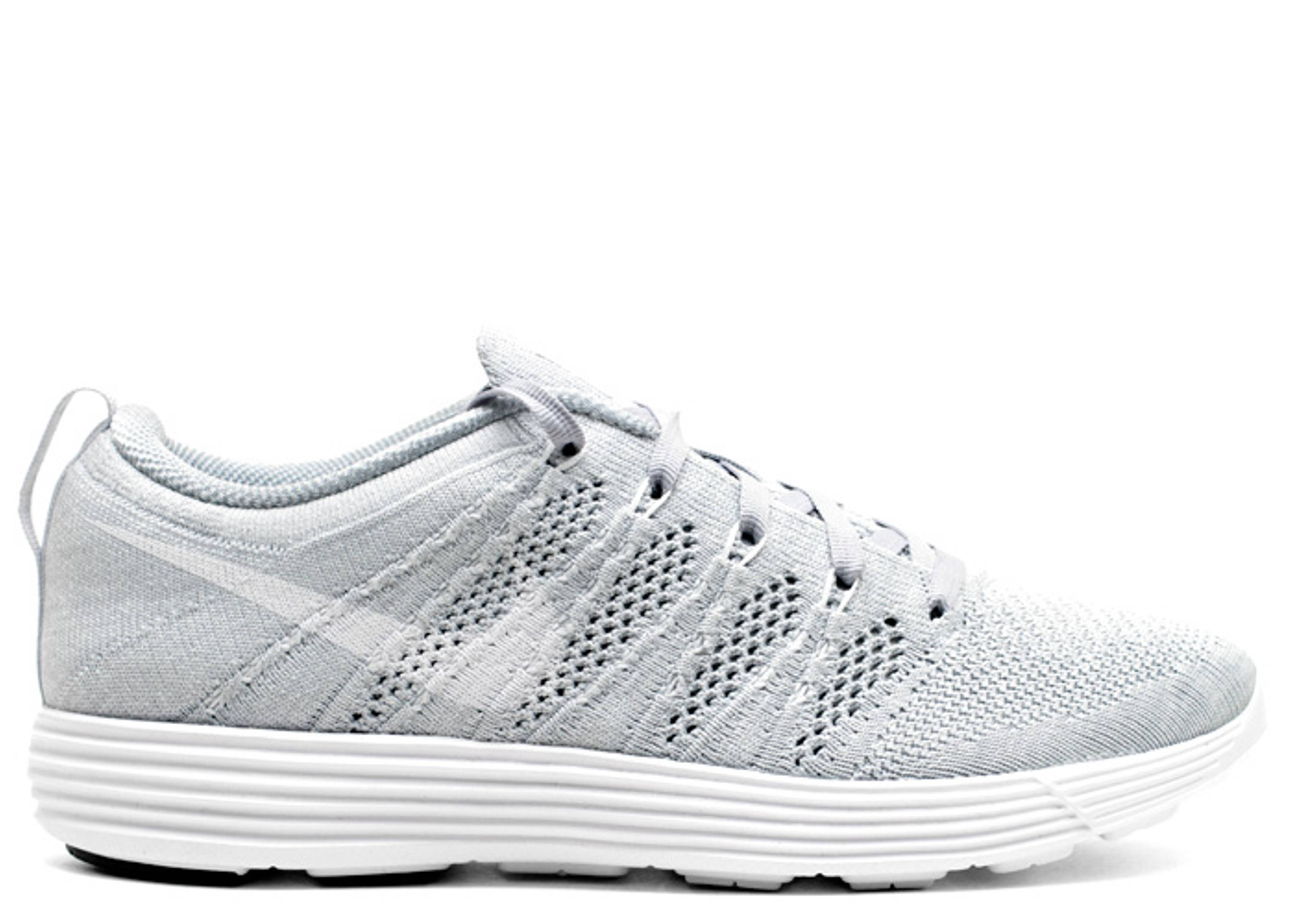 """w's flyknit trainer """"asia exclusive"""""""