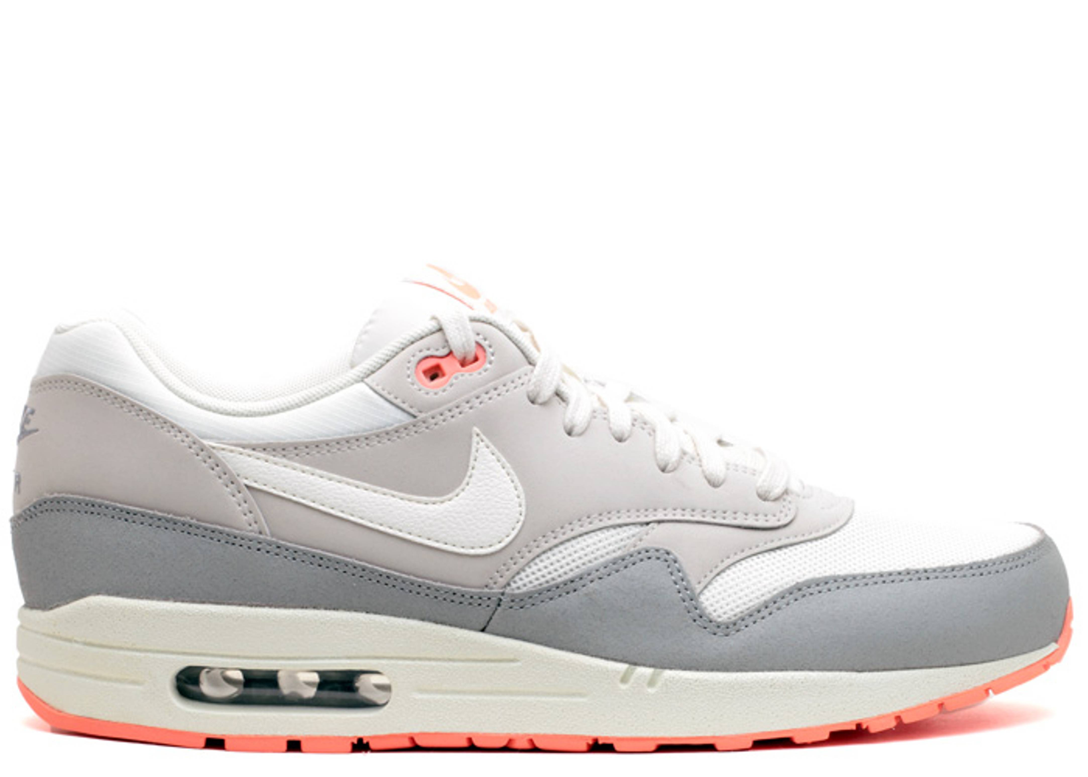 w's air max 1 essential