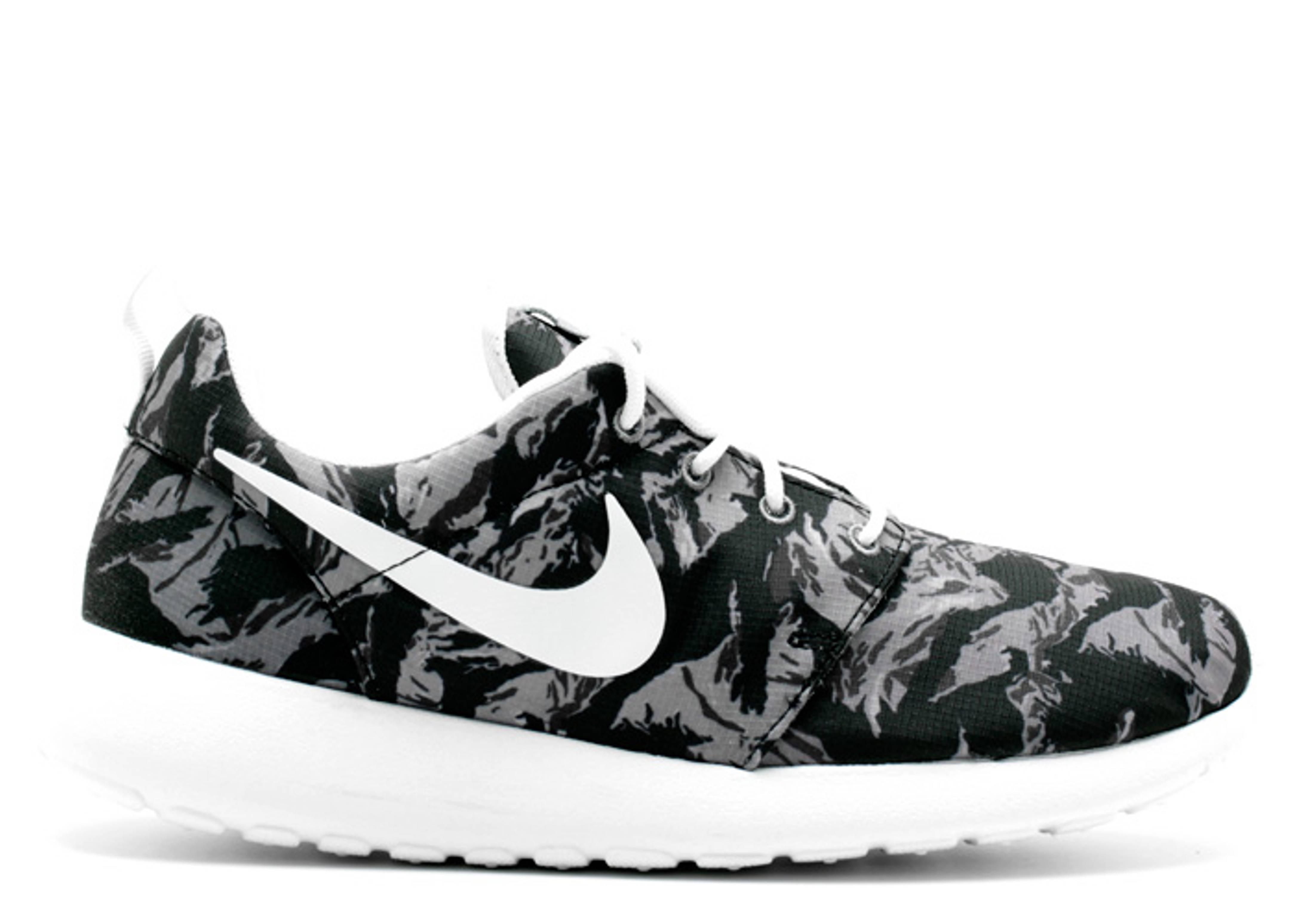 c0d899ac8cd1 Rosherun Print - Nike - 655206 014 - wolf grey white-cl gry-anthrct ...