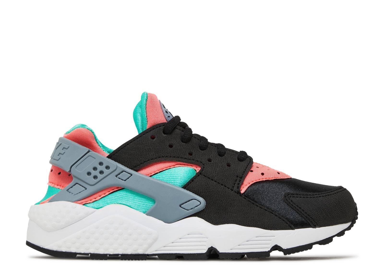 0750b81253f8 W s Air Huarache Run - Nike - 634835 003 - black black-menta-hot lava