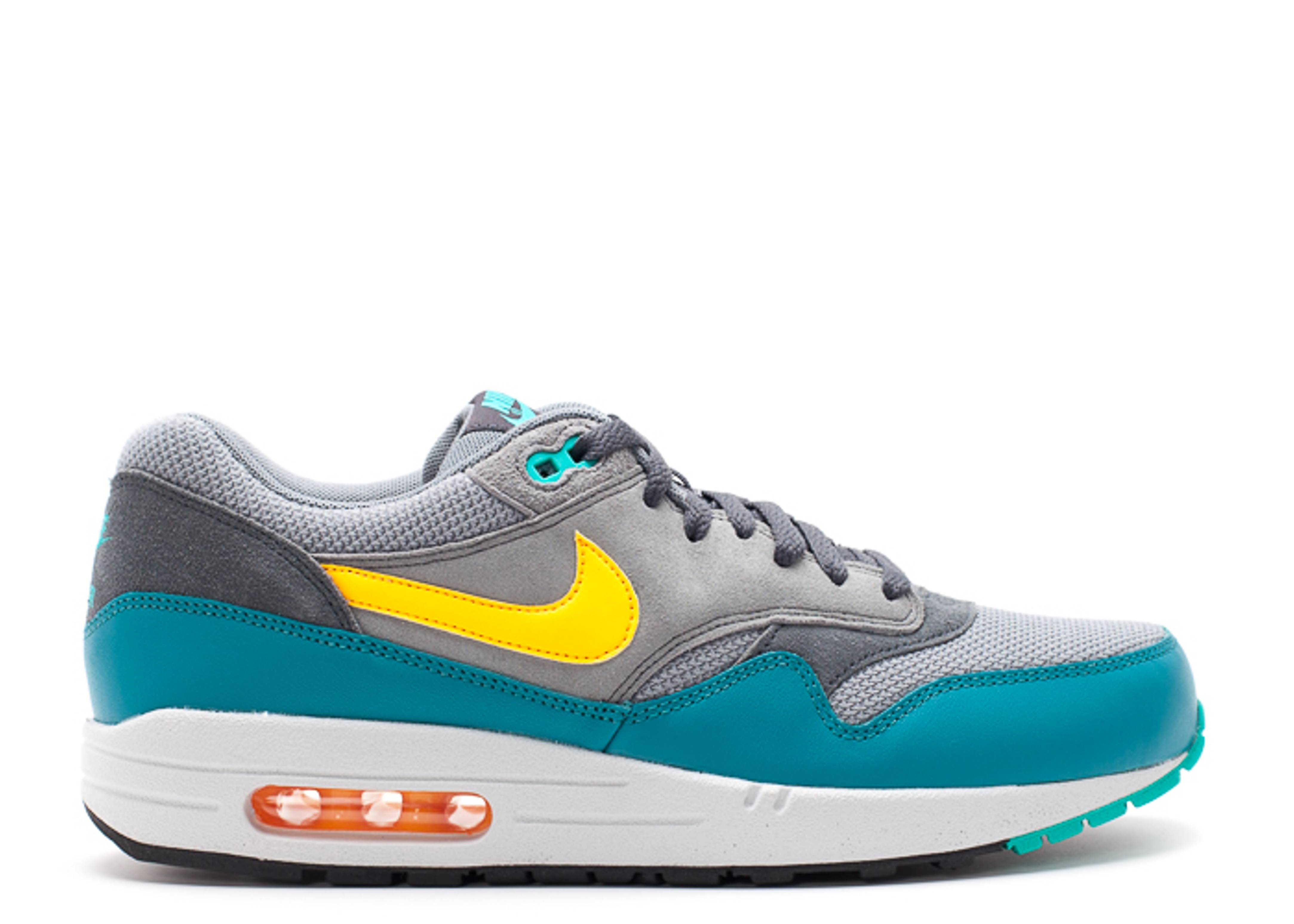 air max 1 essential cool grey laser orange ctln. Black Bedroom Furniture Sets. Home Design Ideas