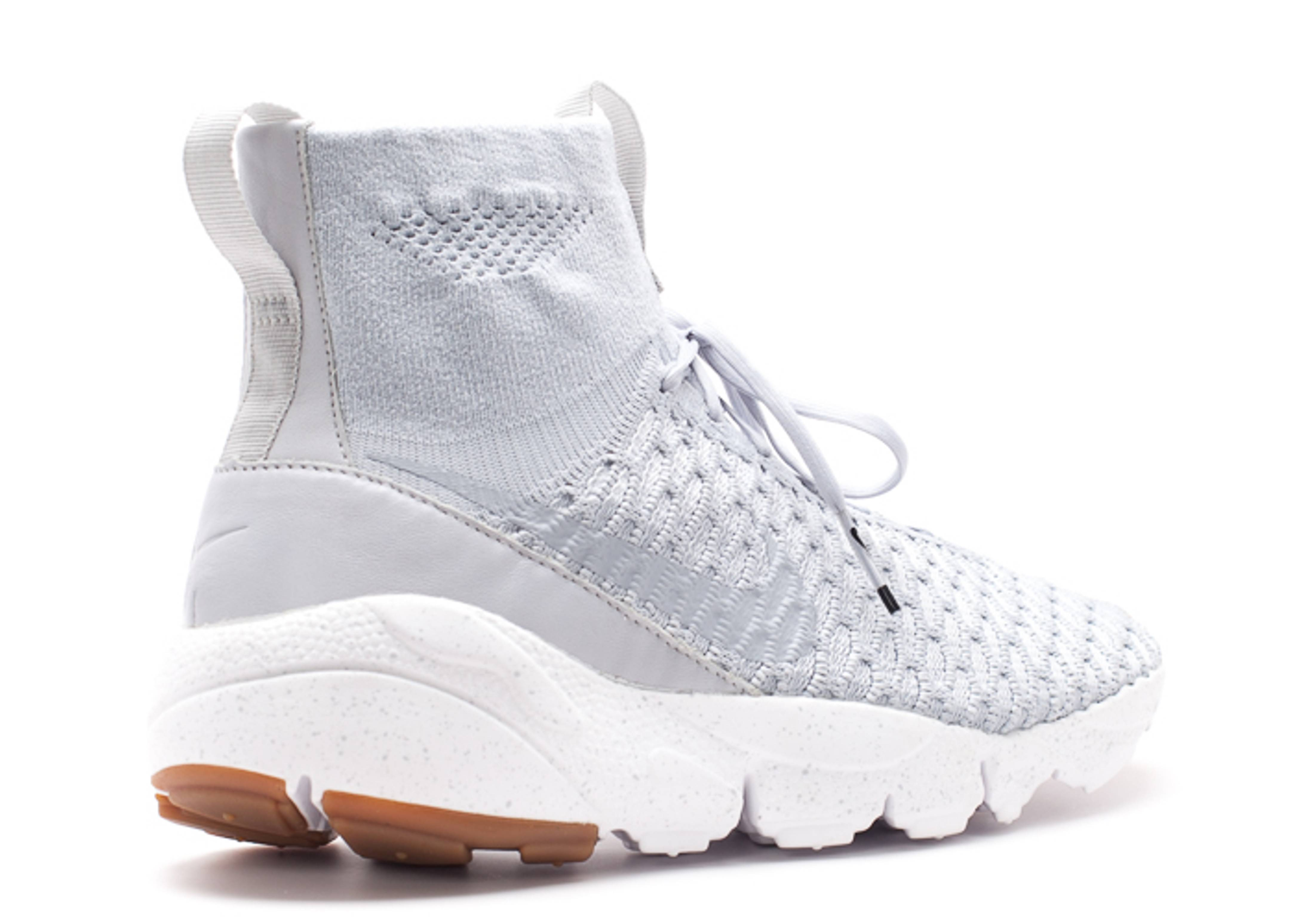 24101 7ea71 Chaussures nike air footscape sp 652960