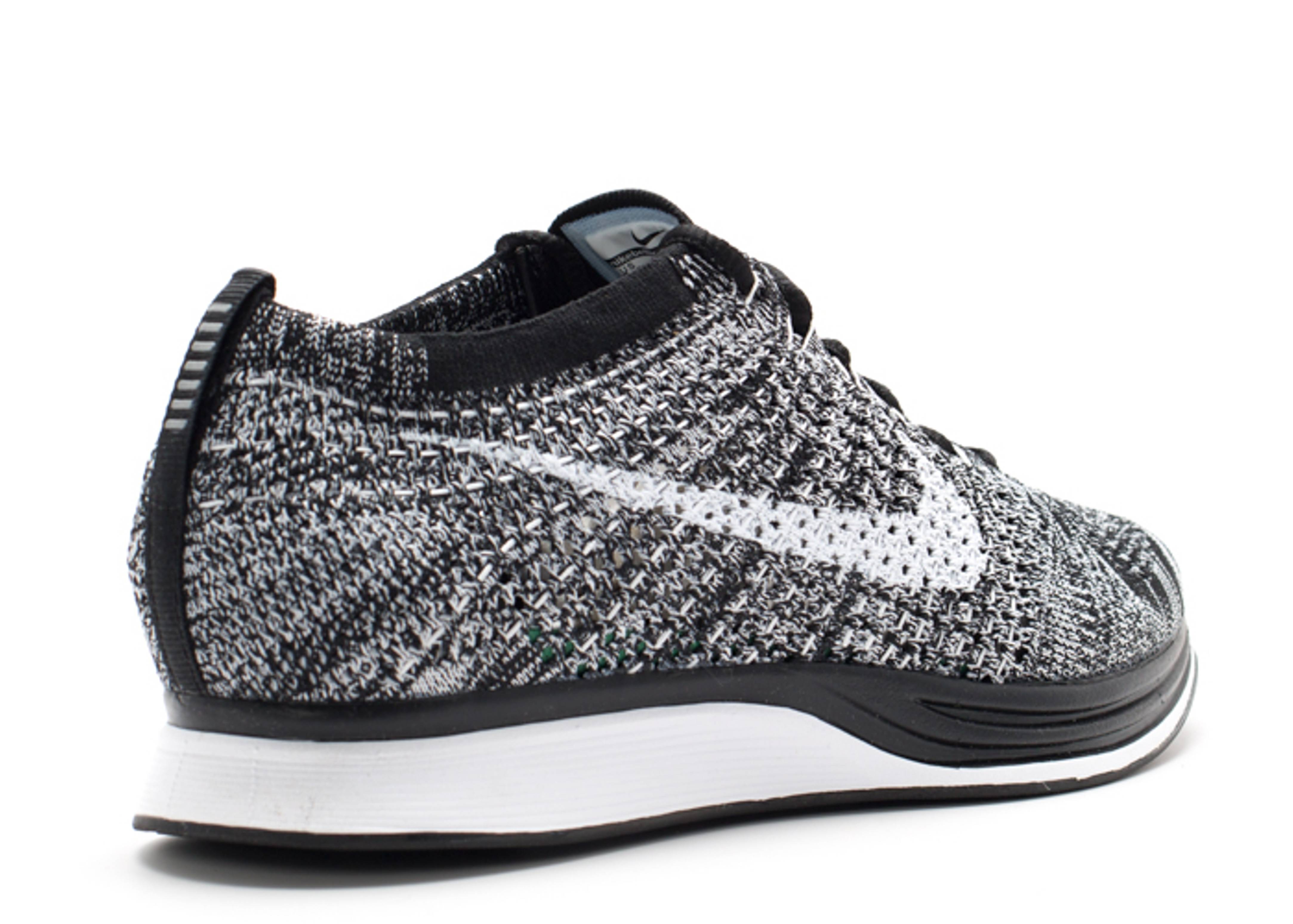 flyknit racer oreo black white flight club. Black Bedroom Furniture Sets. Home Design Ideas
