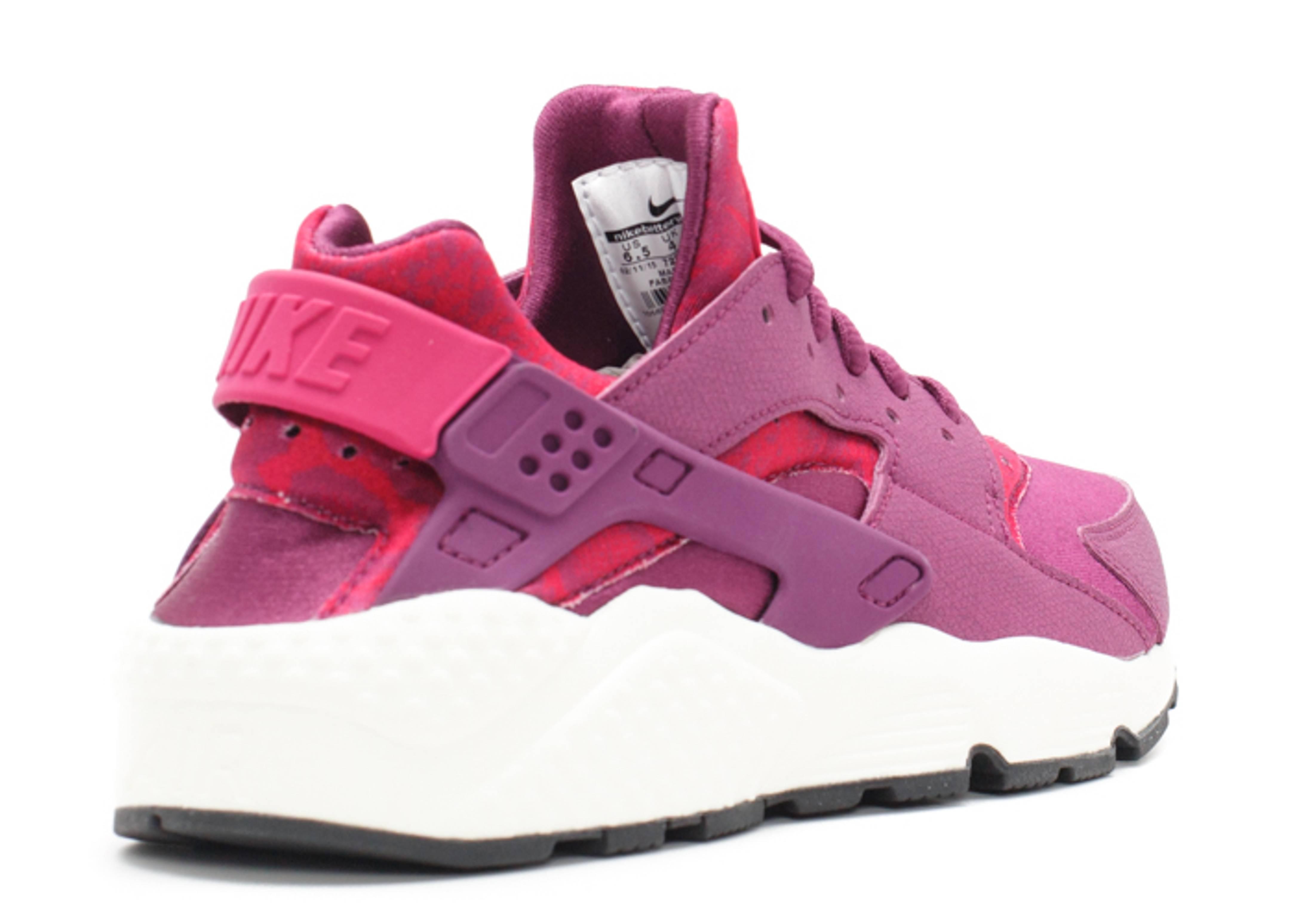 263491cdaea4e ... Upcoming Sneaker ws air huarache run print mulberrysport fuchsia-blk-sl  Nike Wmns Air Huarache Run Print (Mulberry ...