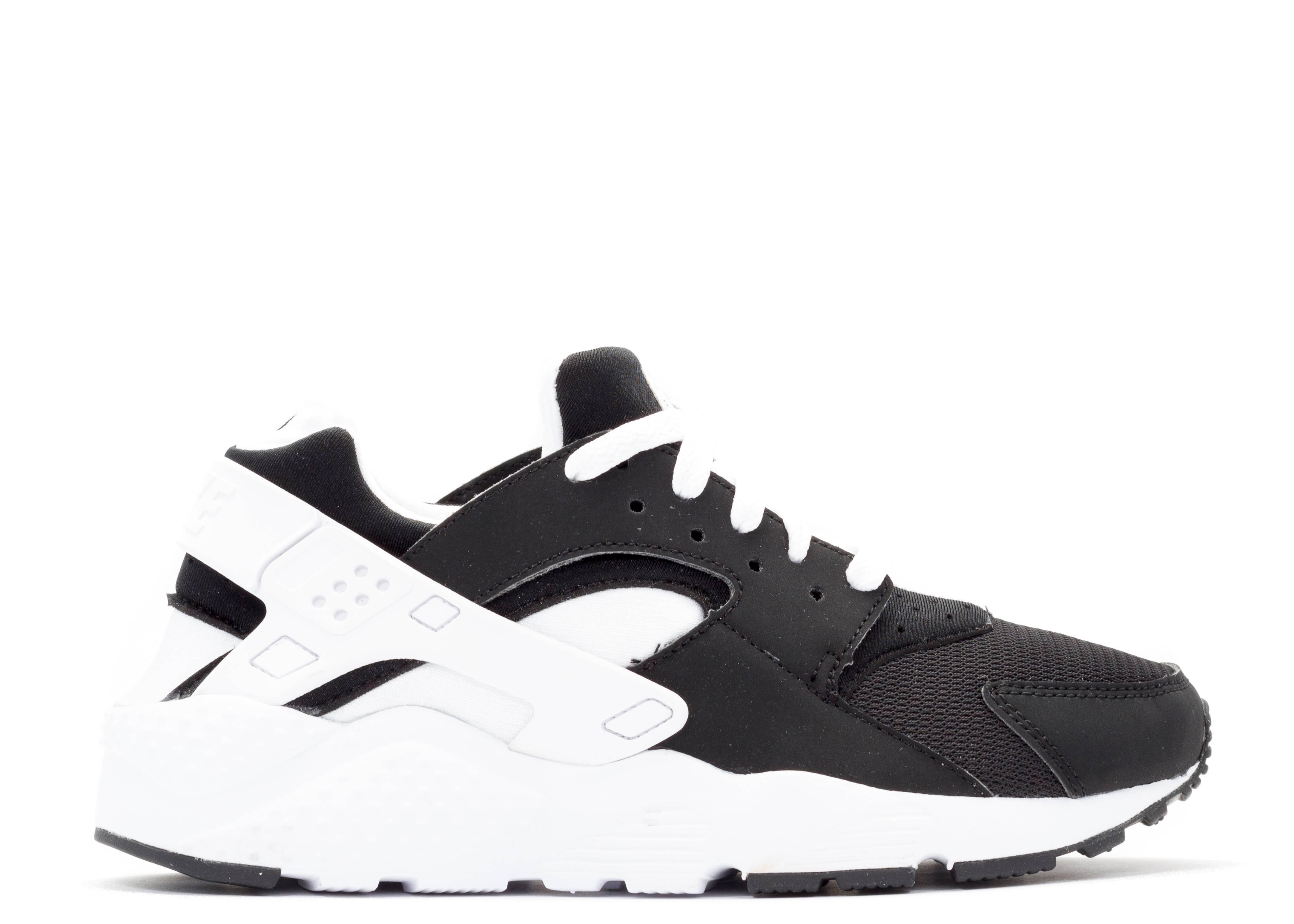 nike huarache black and white price