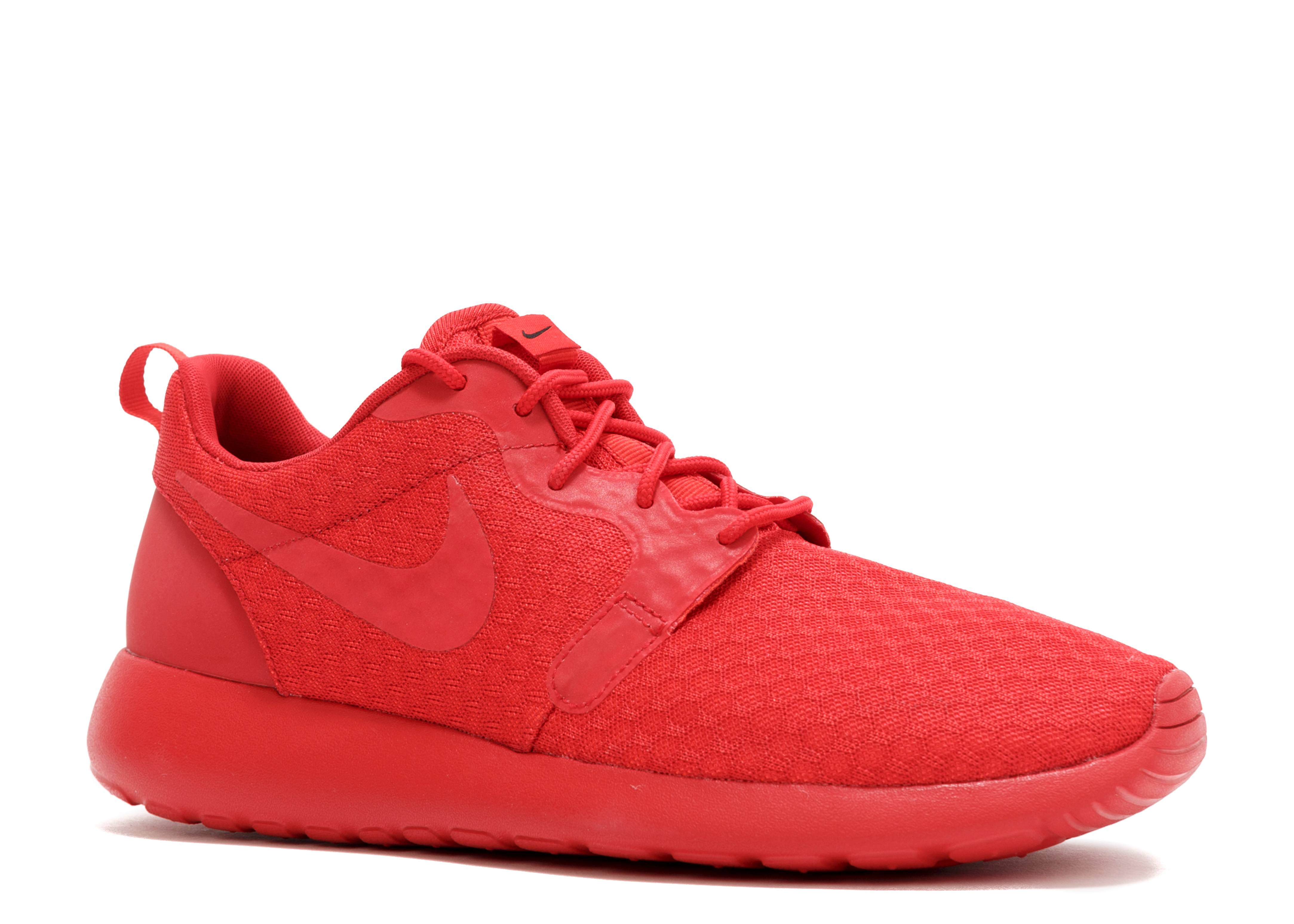 """roshe one hyp """"triple red""""roshe one hyp """"triple red""""JoinThe Club"""