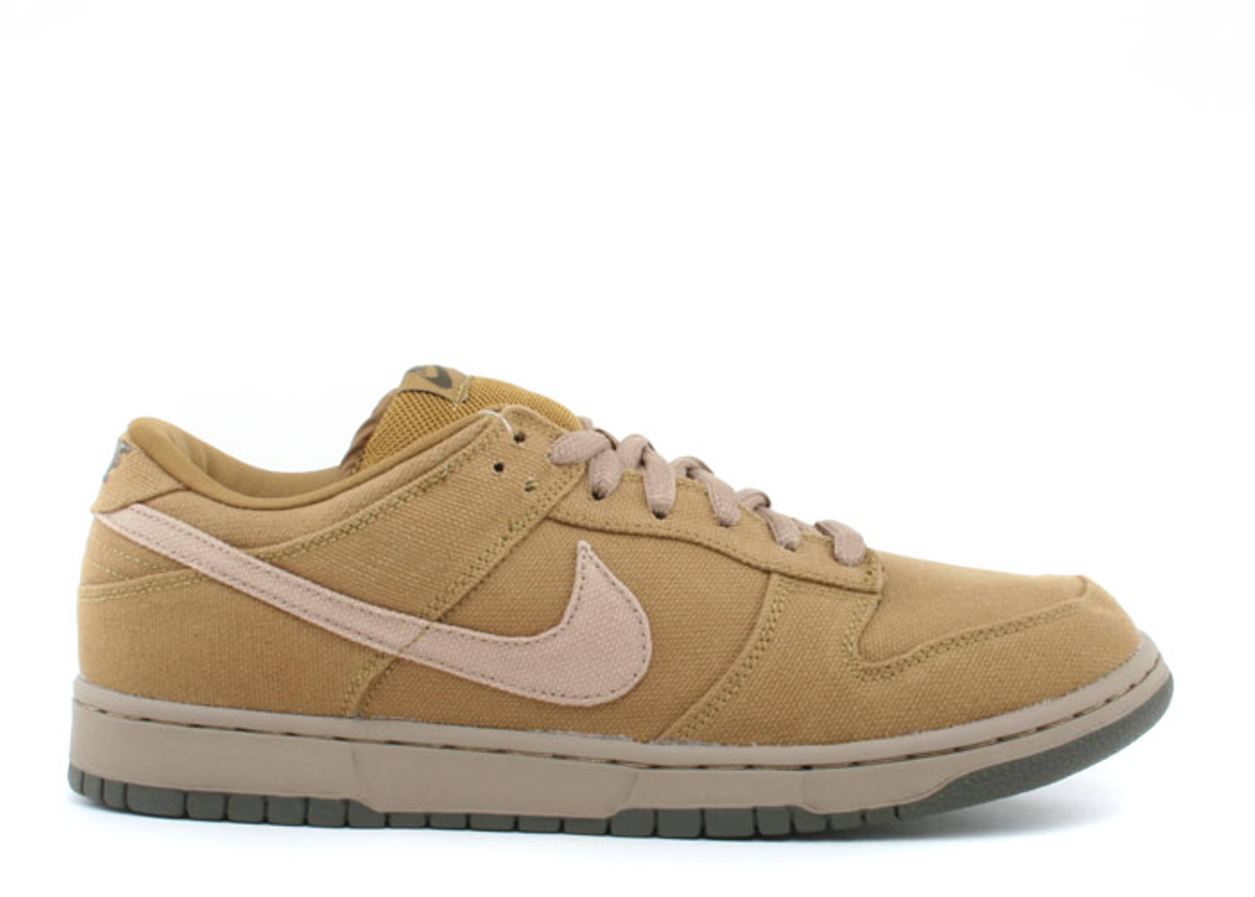 8df66470199b Dunk Low Pro Sb - Nike - 304292 321 - spanish moss sandalwood ...