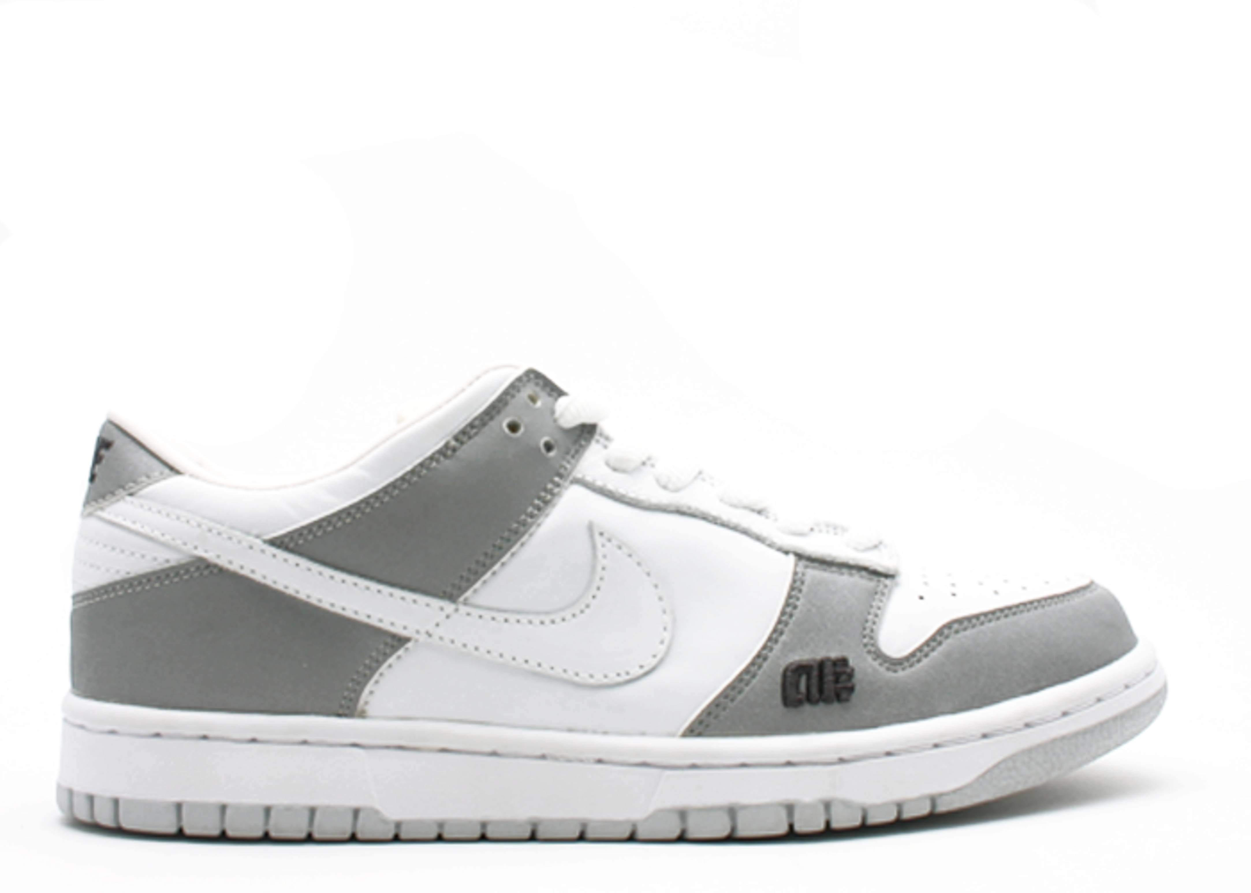 "dunk pr b low ""alphanumeric"""