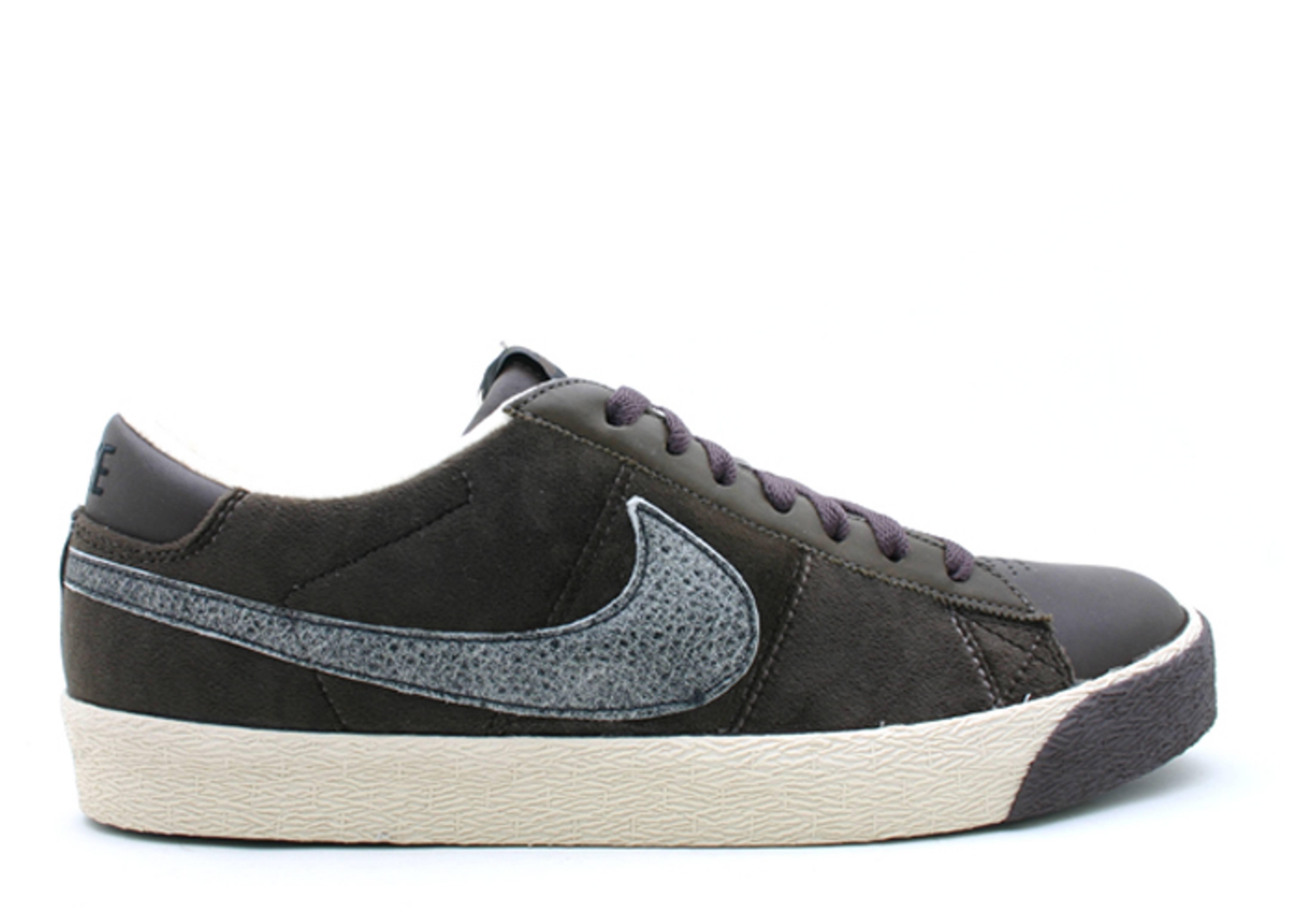 best loved fe146 52266 Blazer Low Premium - Nike - 317070 201 - baroque brown black   Flight Club