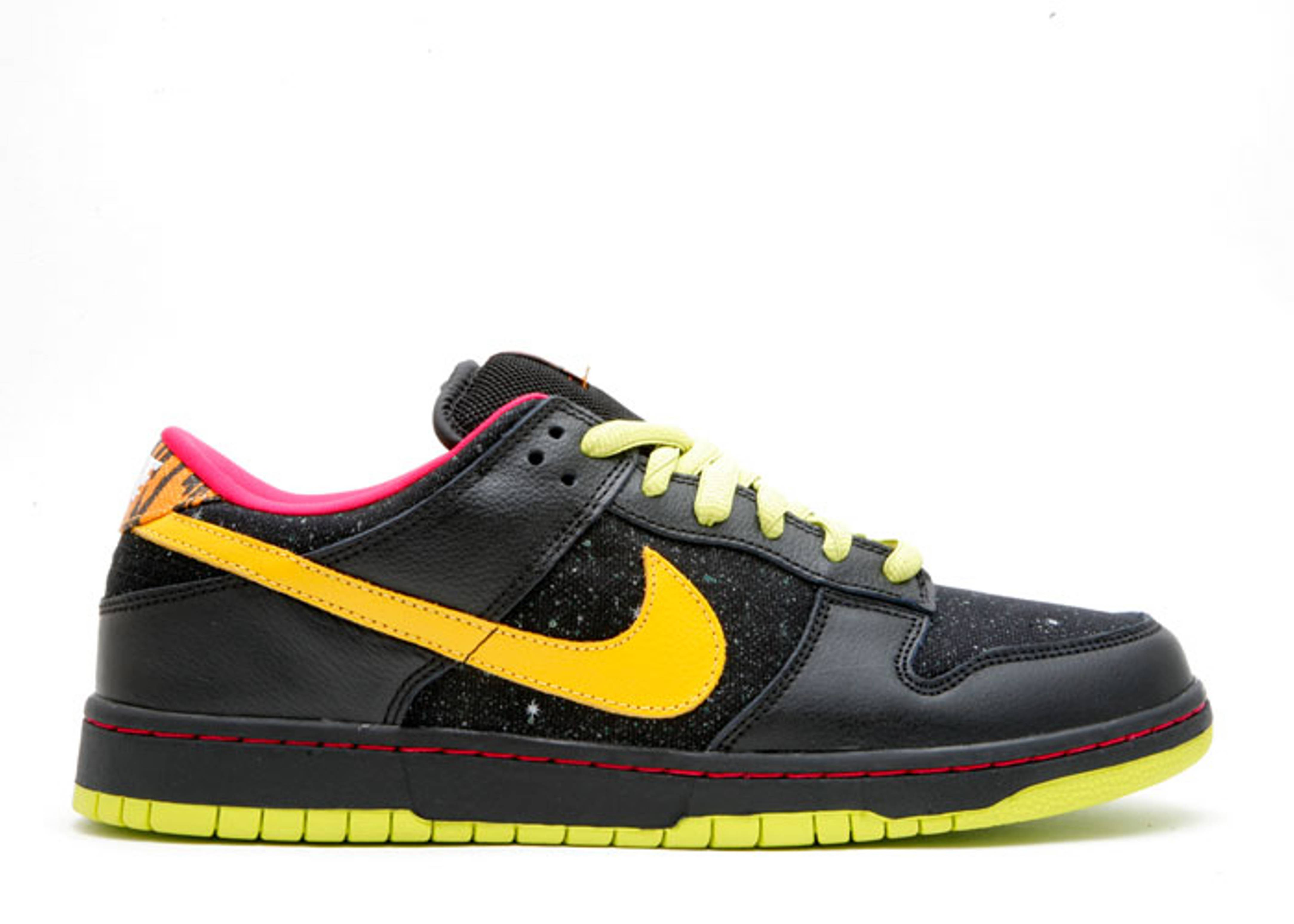 "dunk low premium sb ""space tiger"""