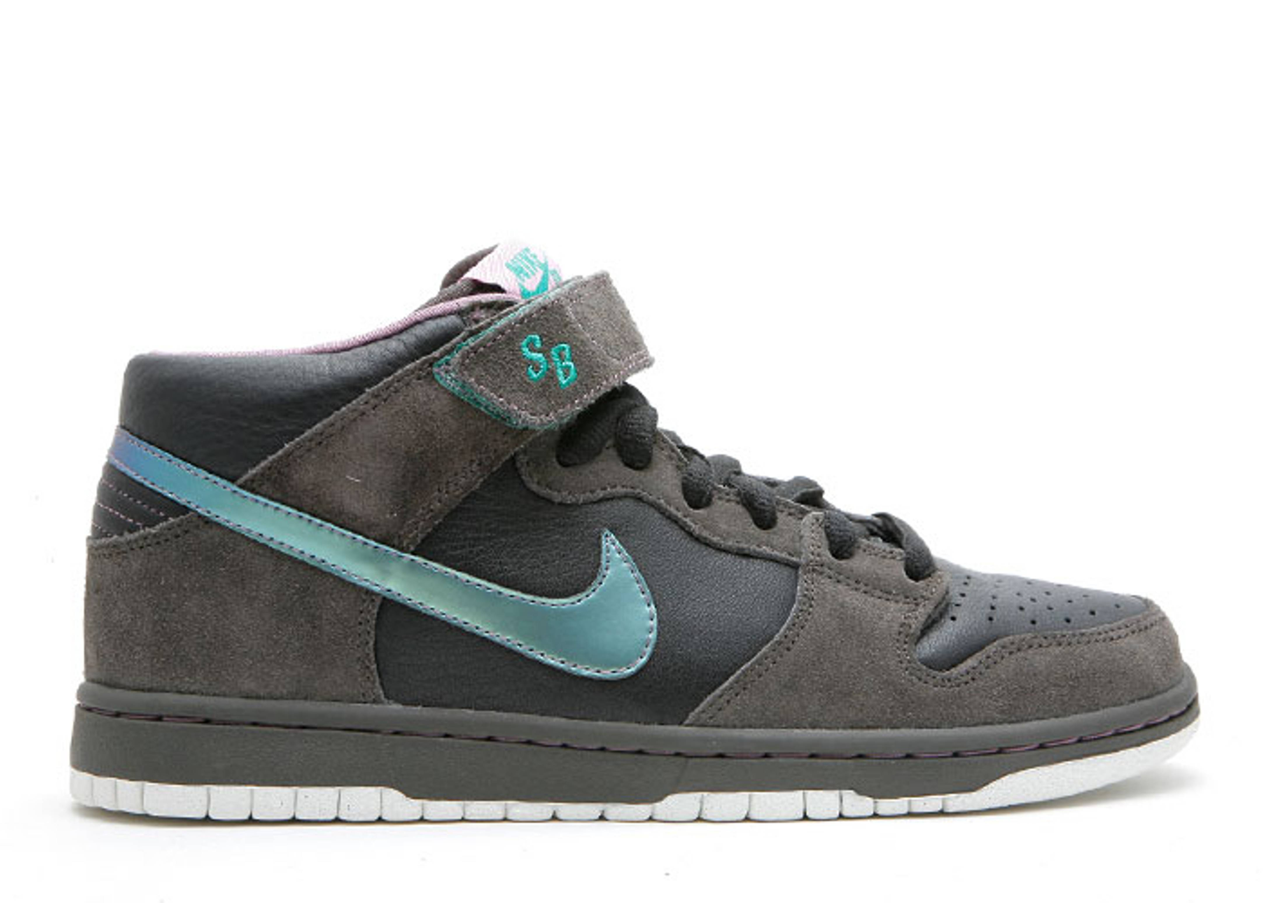 "dunk mid premium sb ""northern lights"""