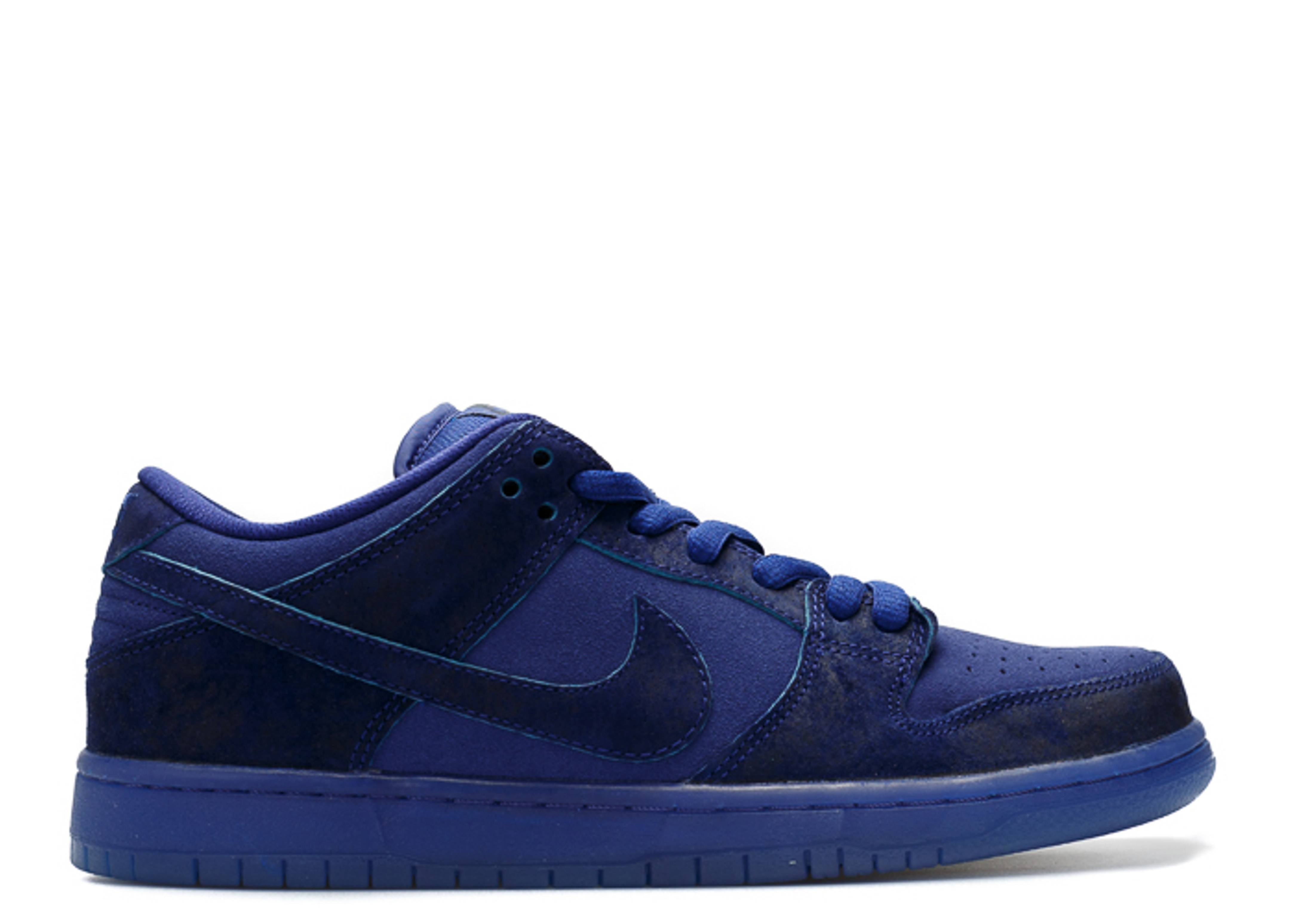 "dunk low premium sb ""blue moon"""