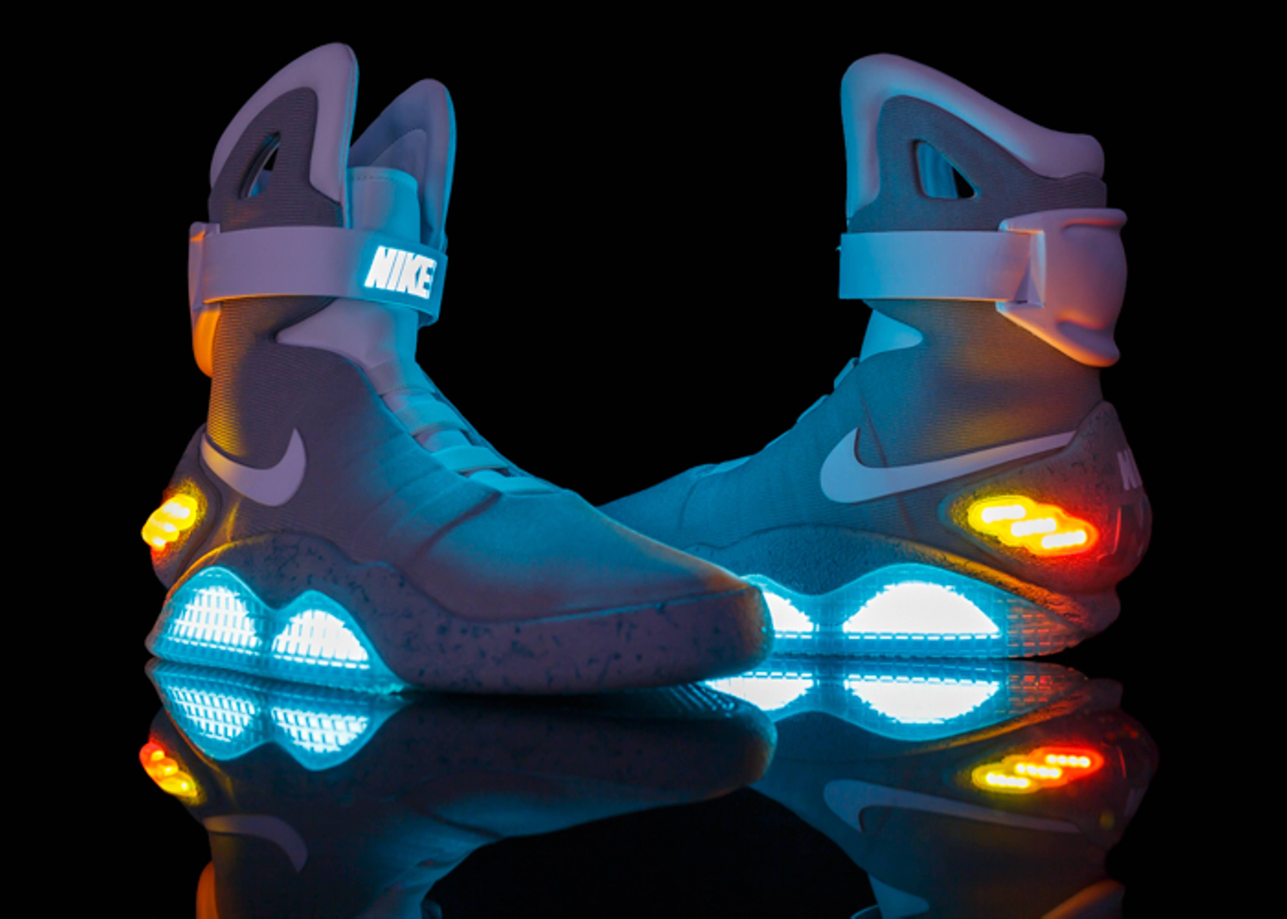 Descartar Mutilar Paloma  Nike Mag 'Back To The Future' - Nike - 417744 001 - jetstream/white-pl blue  | Flight Club