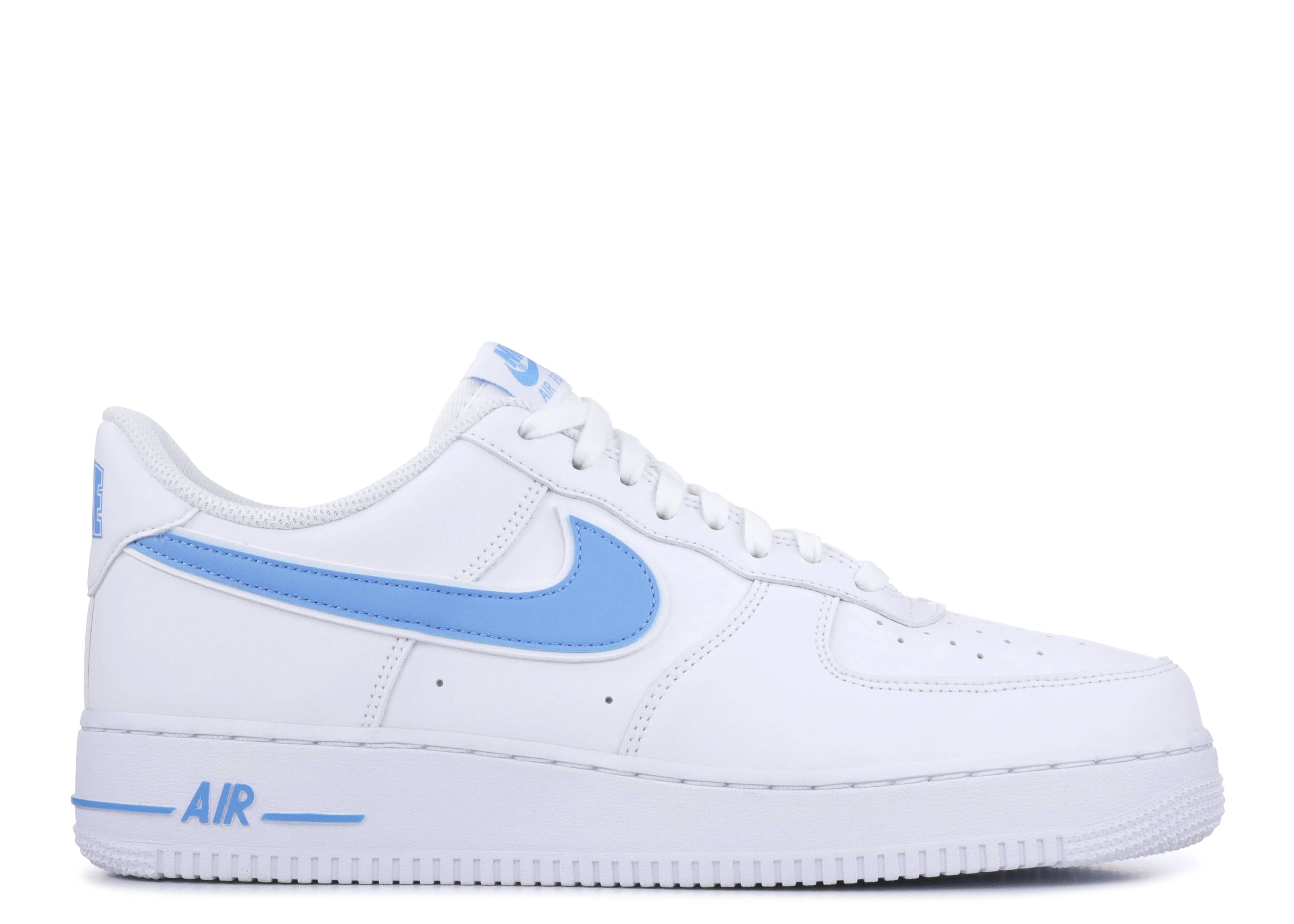 Shoes Nike AIR FORCE 1 07 3