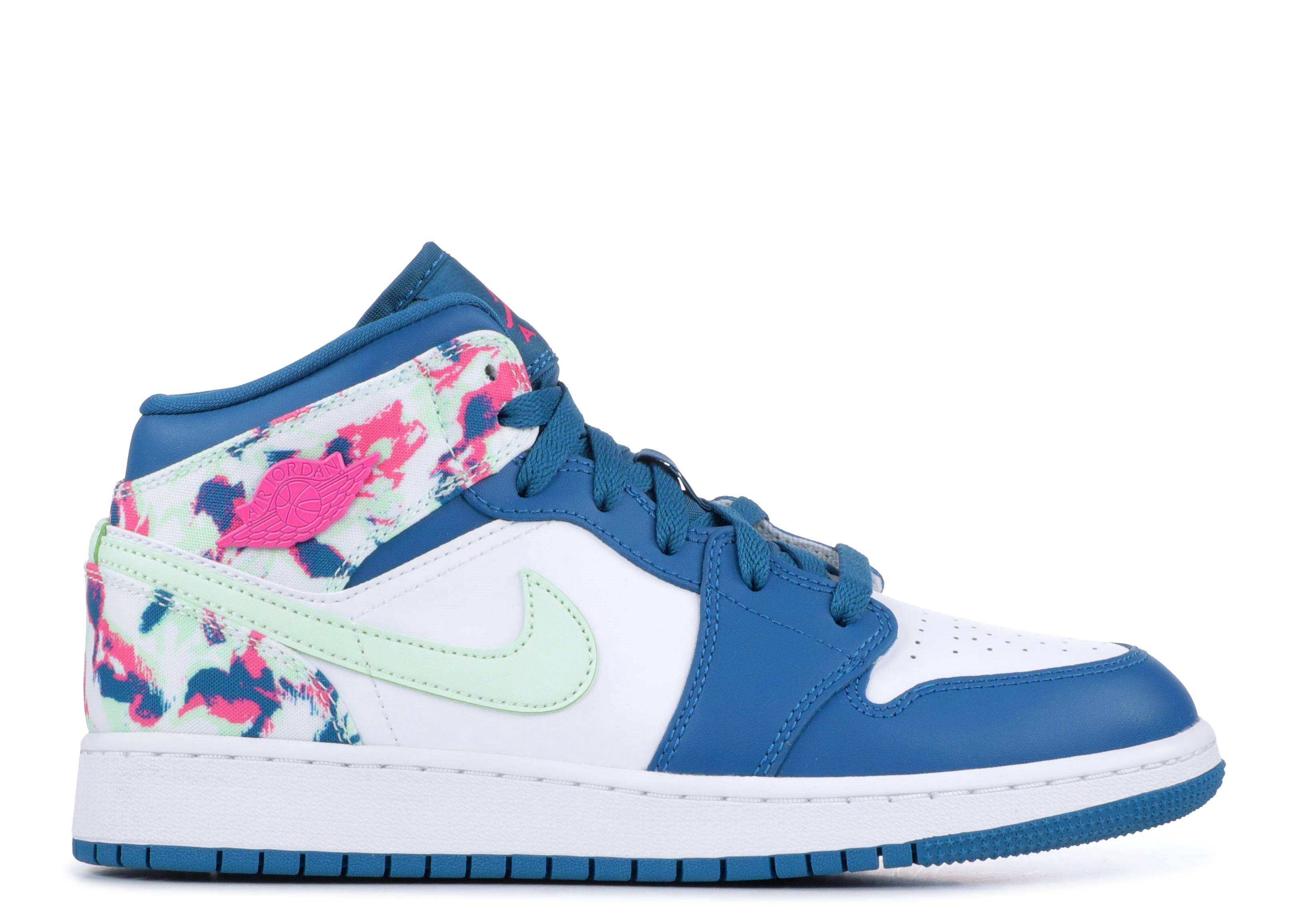 eb99bc5f6358 Air Jordan 1 Mid Gs - Air Jordan - 555112 300 - green/ abyss frosted ...
