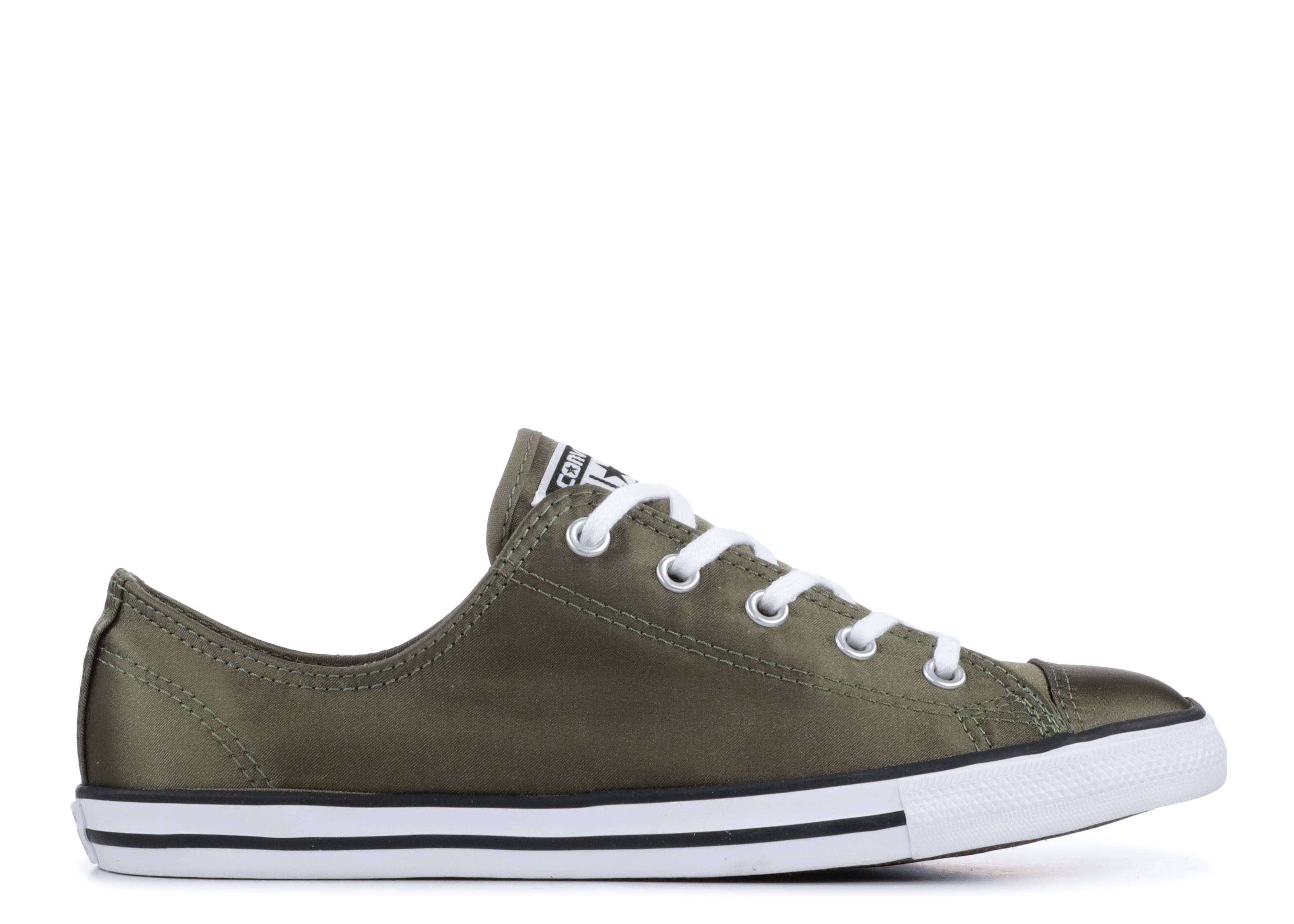 Wmns Chuck Taylor All Star Dainty Low