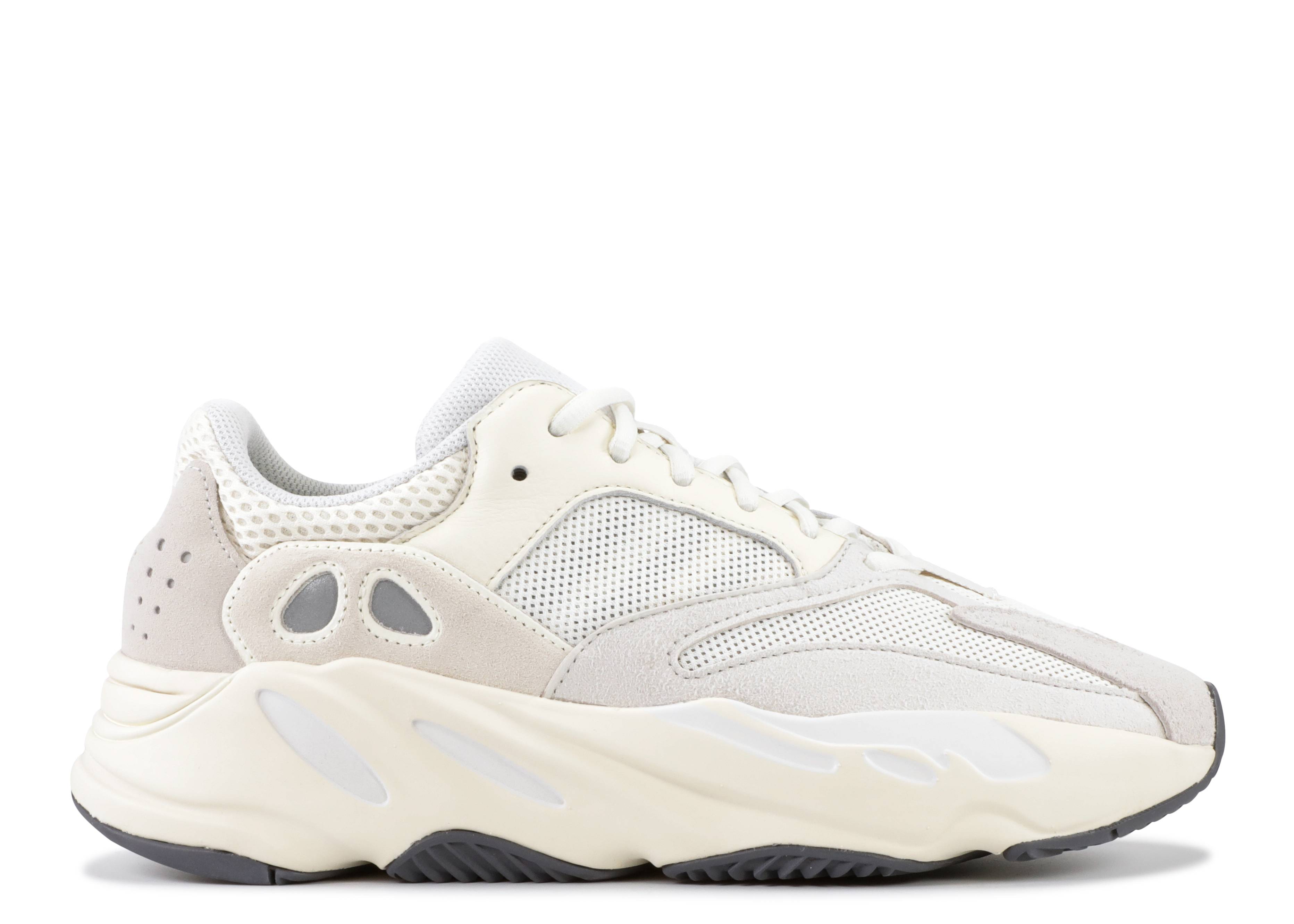 low priced a669f ffddc yeezy boost 700