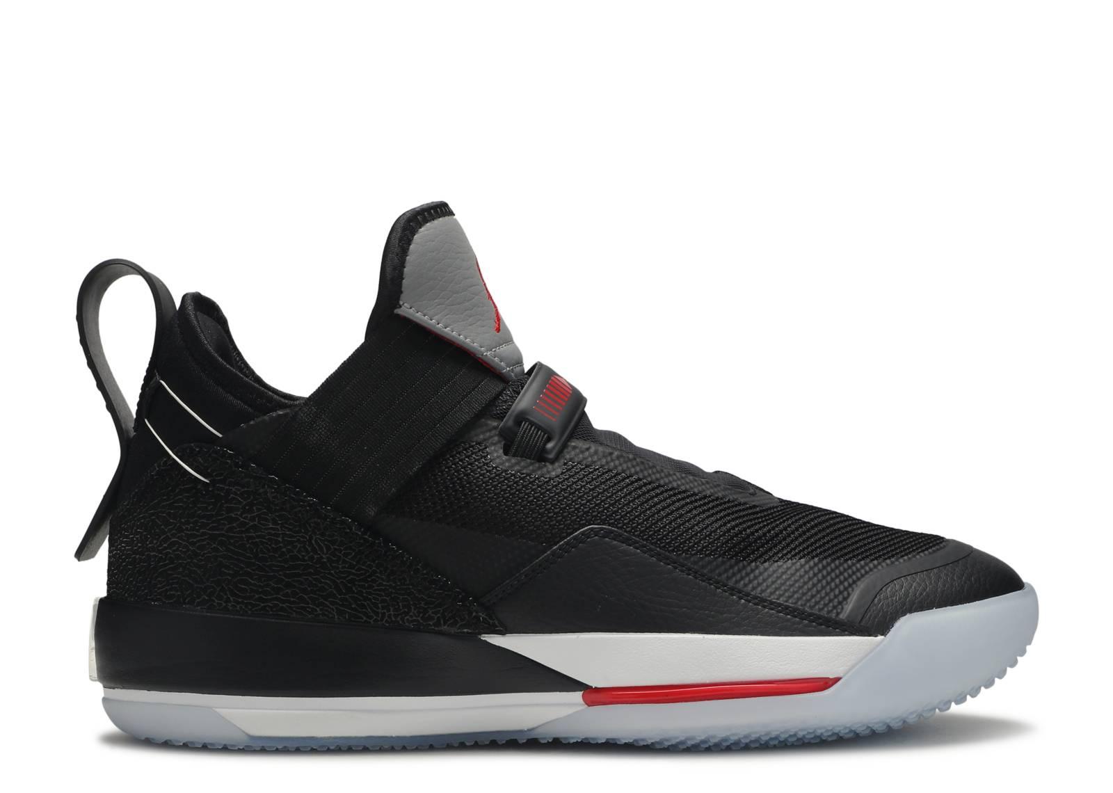 "Air Jordan 33 SE ""Black Cement"""