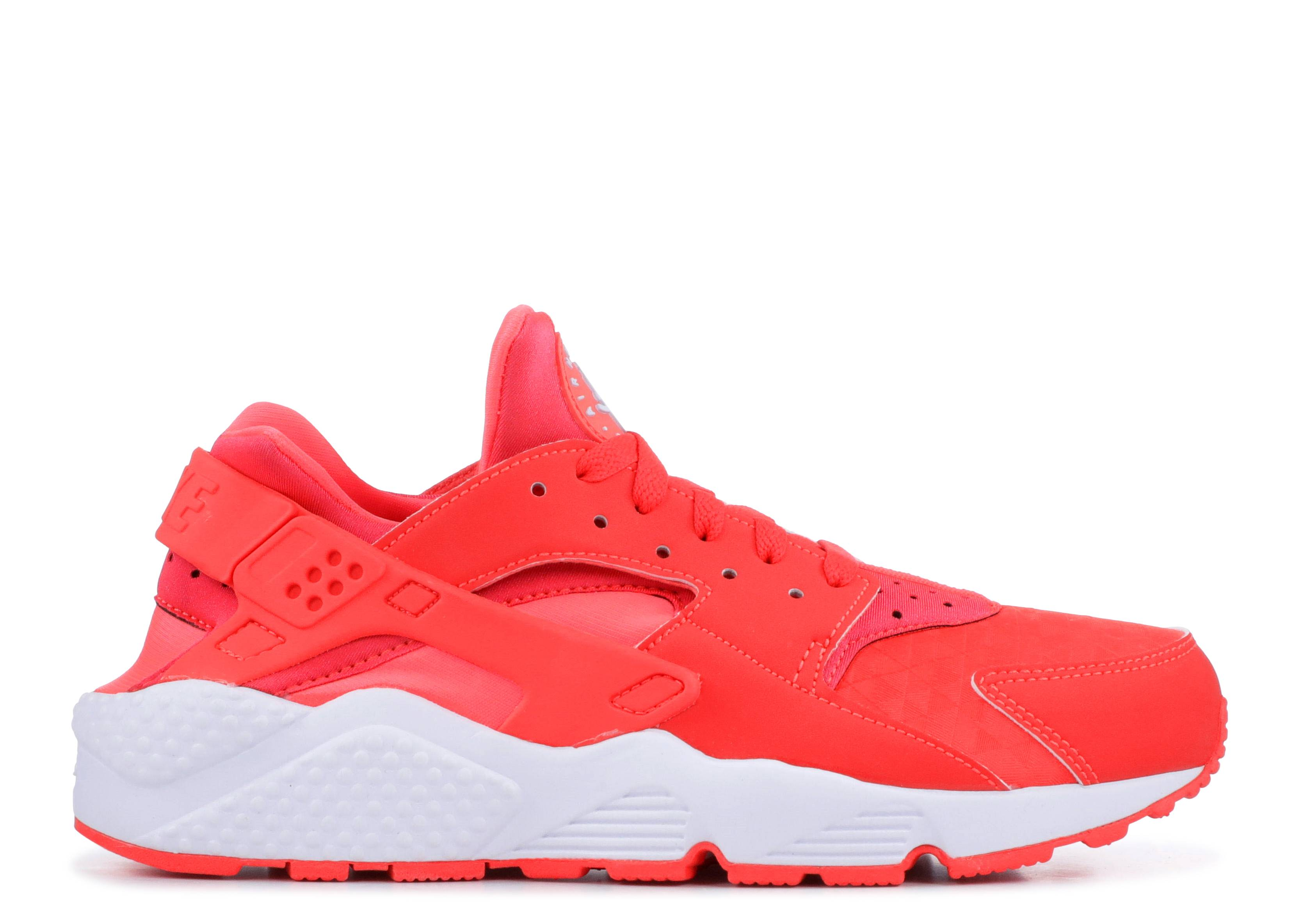 low priced 83b25 01f9f Nike Huaraches Shoes for Women & Men | Flight Club