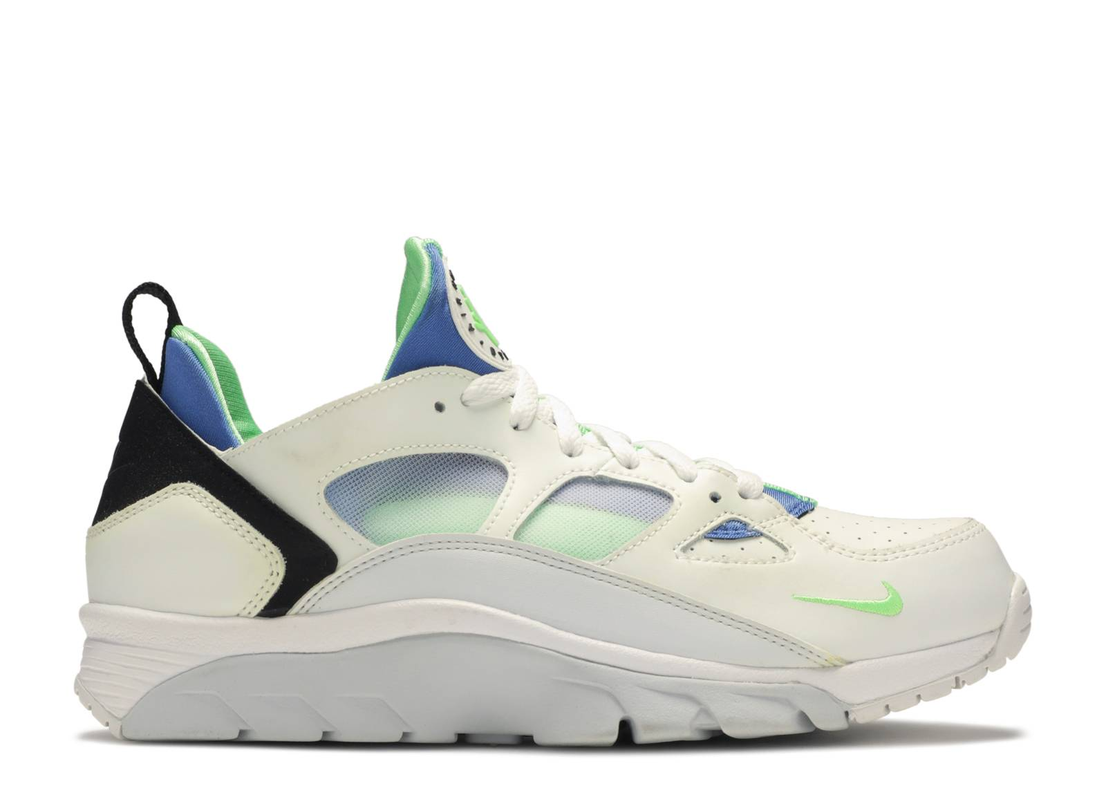 new products c9e35 bf277 air trainer huarache low