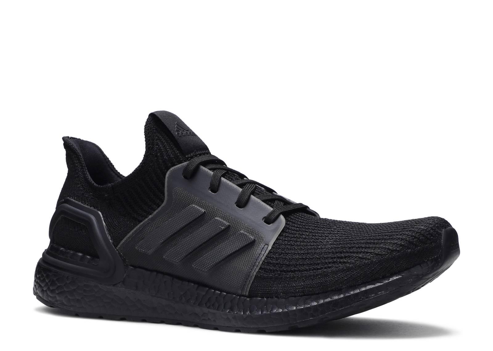 UltraBoost 19 'Triple Black'