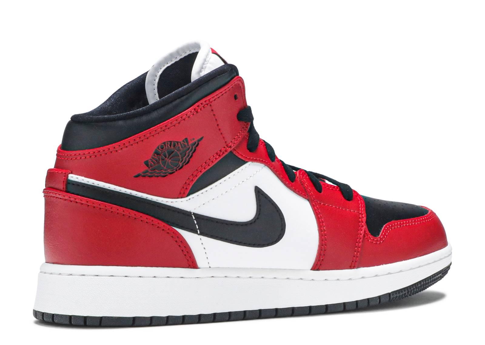 Air Jordan 1 Mid GS 'Chicago Black Toe'