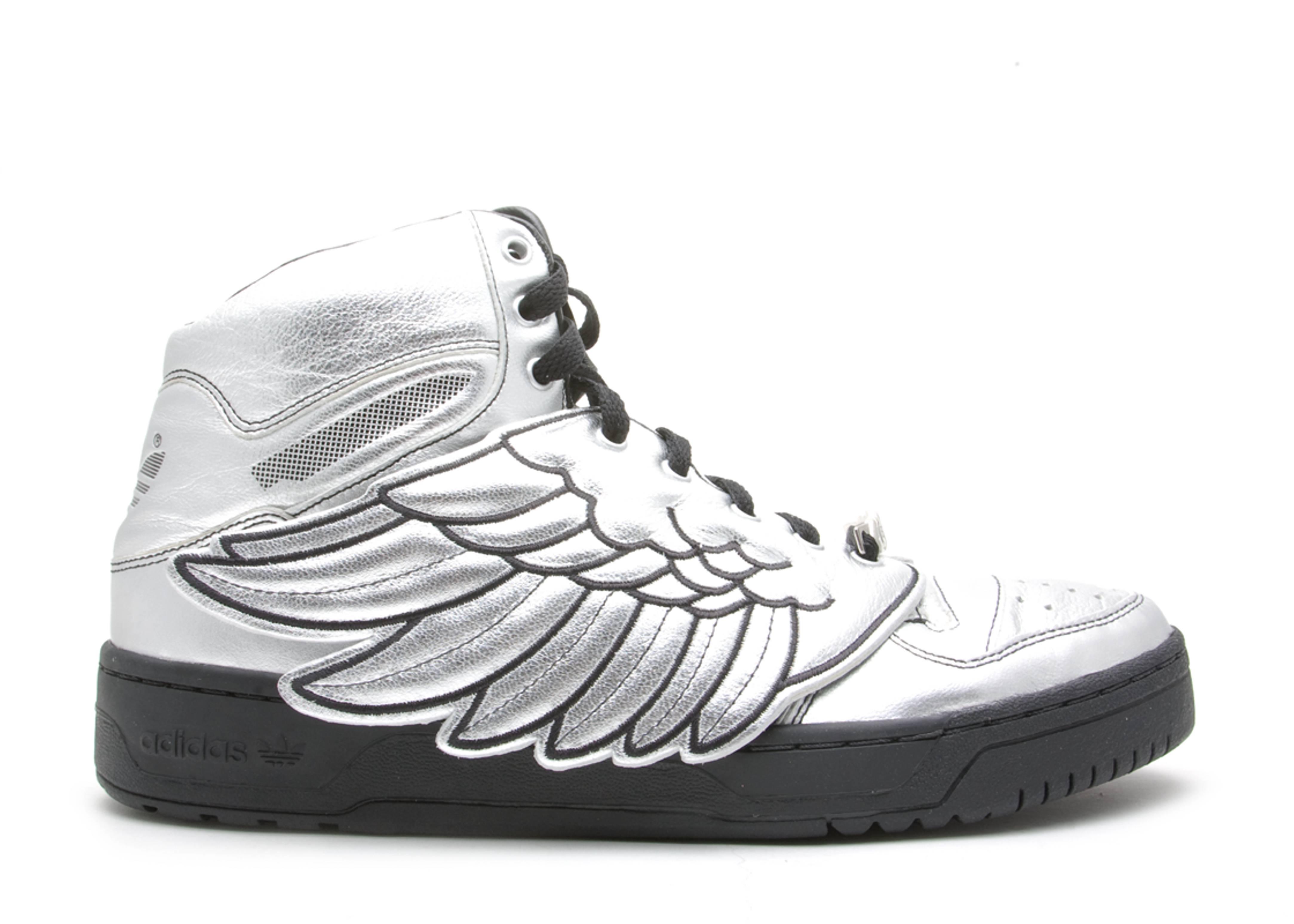 """js wings """"jeremy scott"""""""