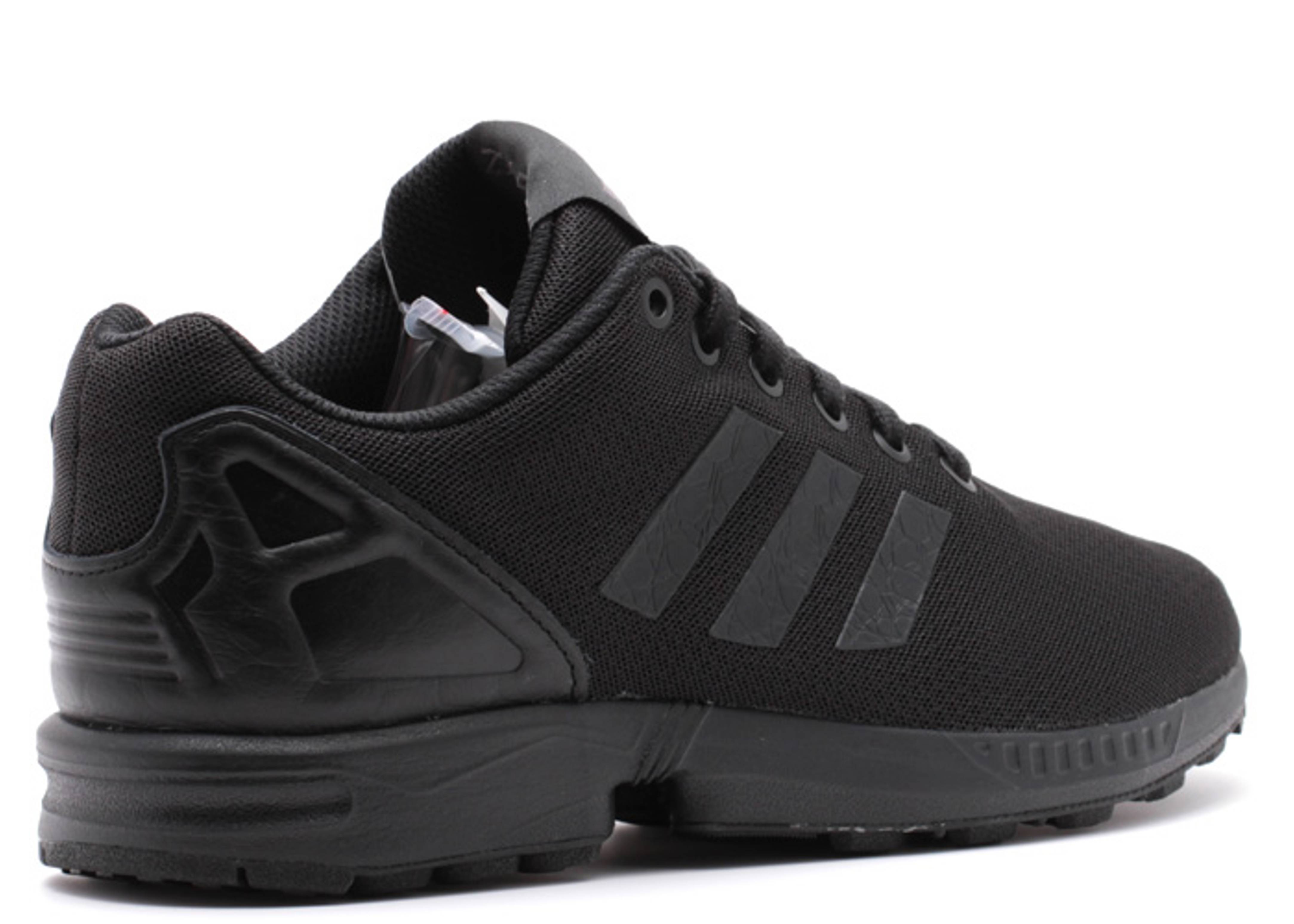 low priced 34b23 3772c adidas zx flux triple black
