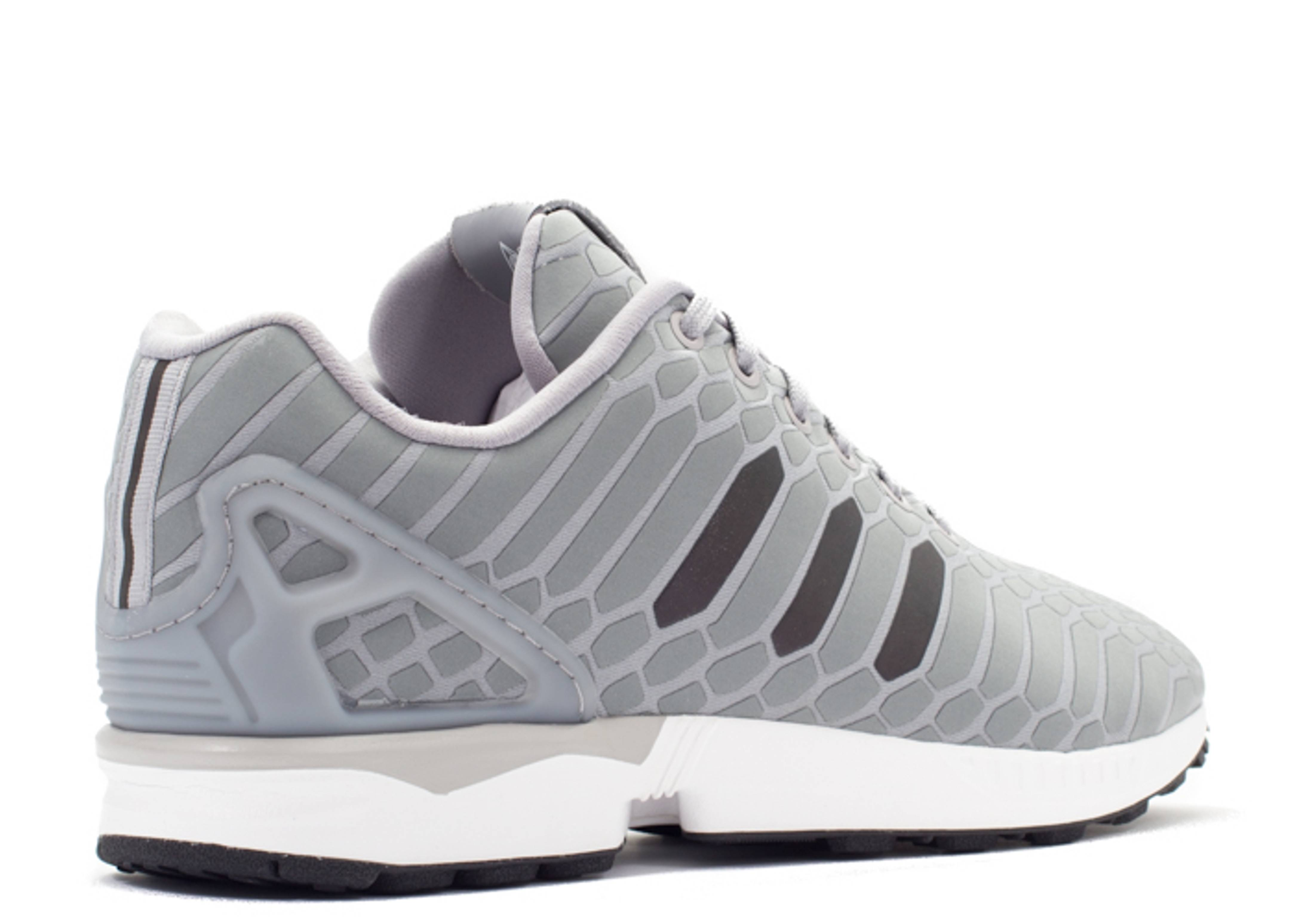 zx flux xeno adidas b24442 ltonix supcol ftwwht flight club. Black Bedroom Furniture Sets. Home Design Ideas