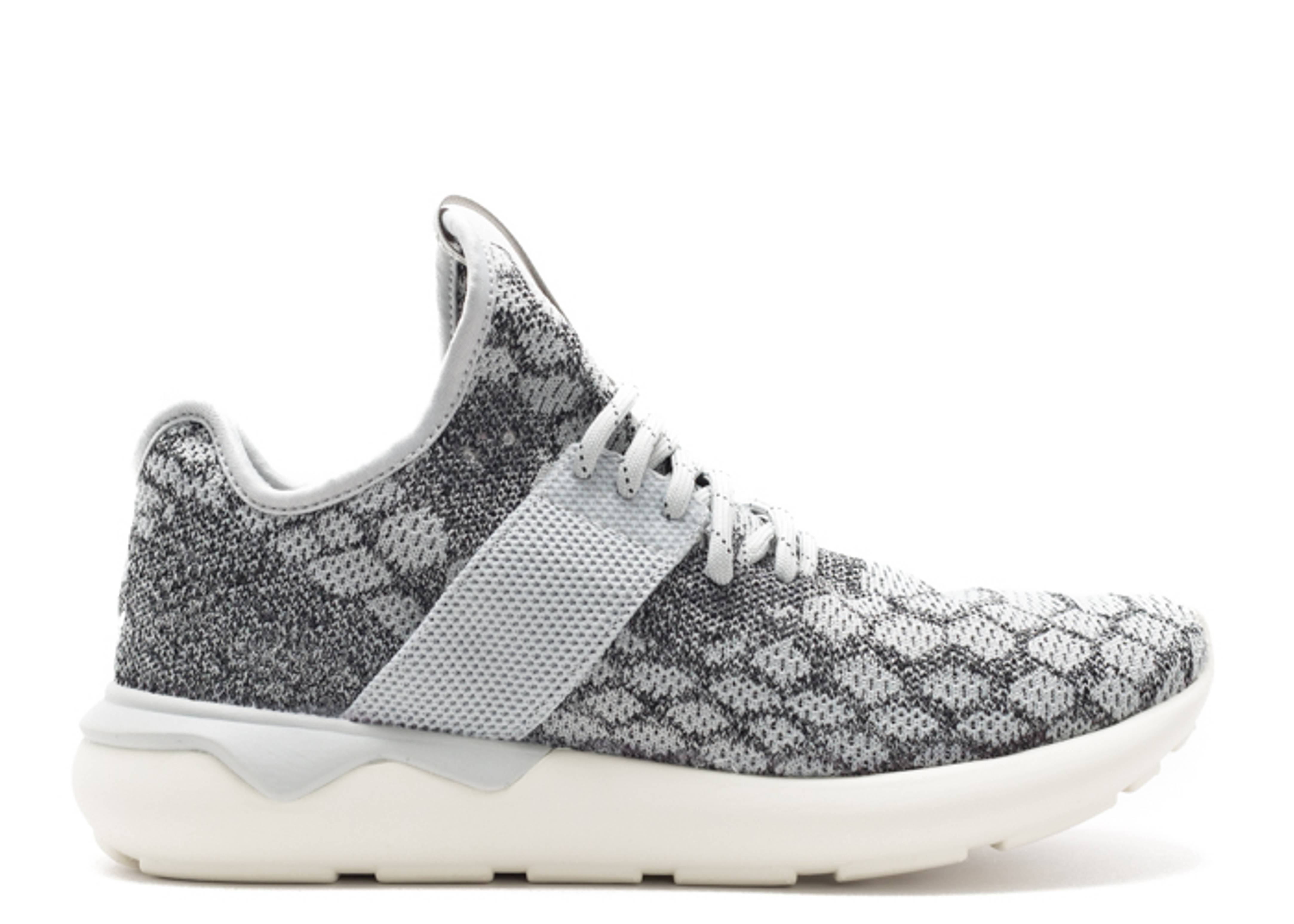 tubular runner prime knit