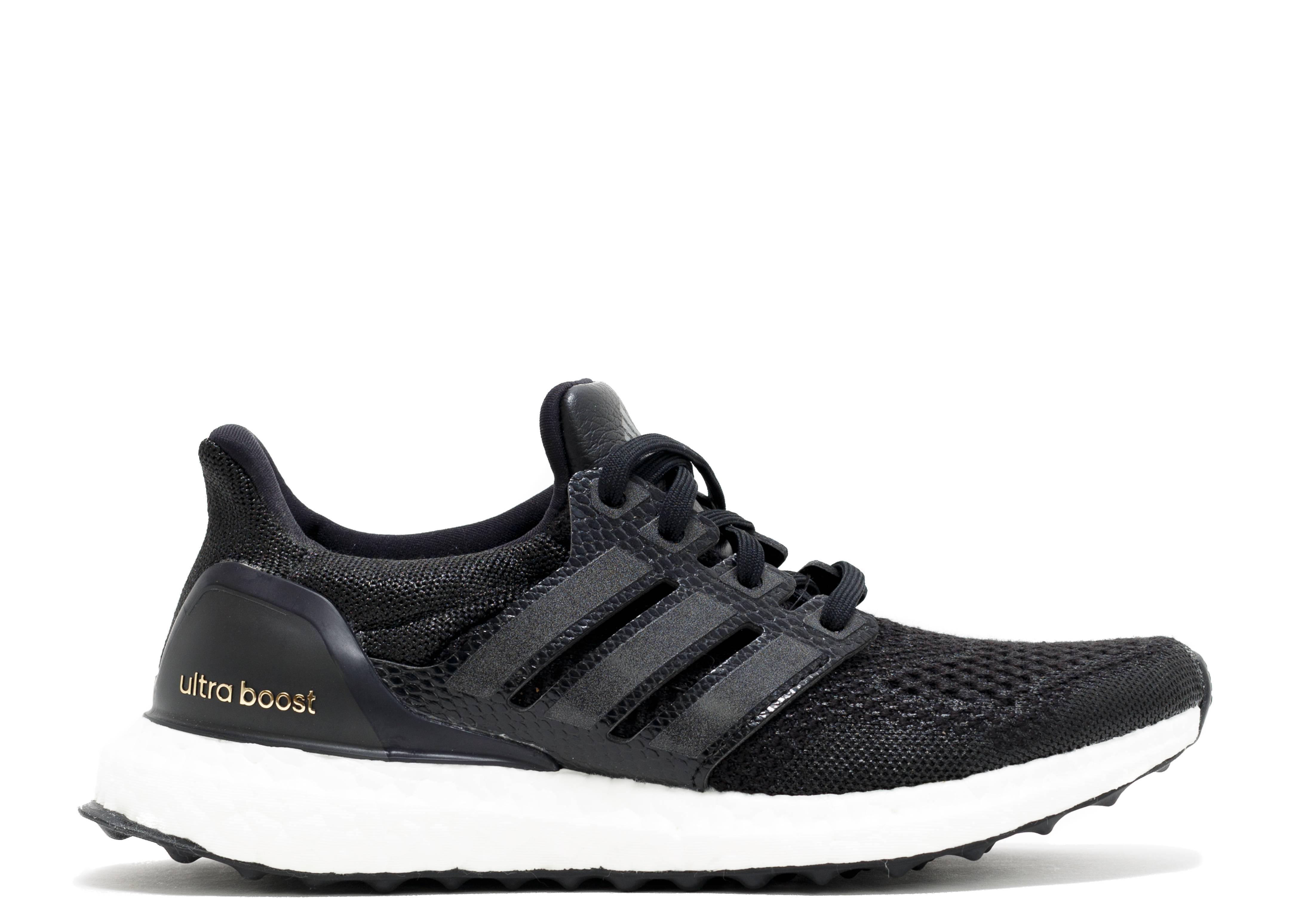 ultra boost black core 1.0