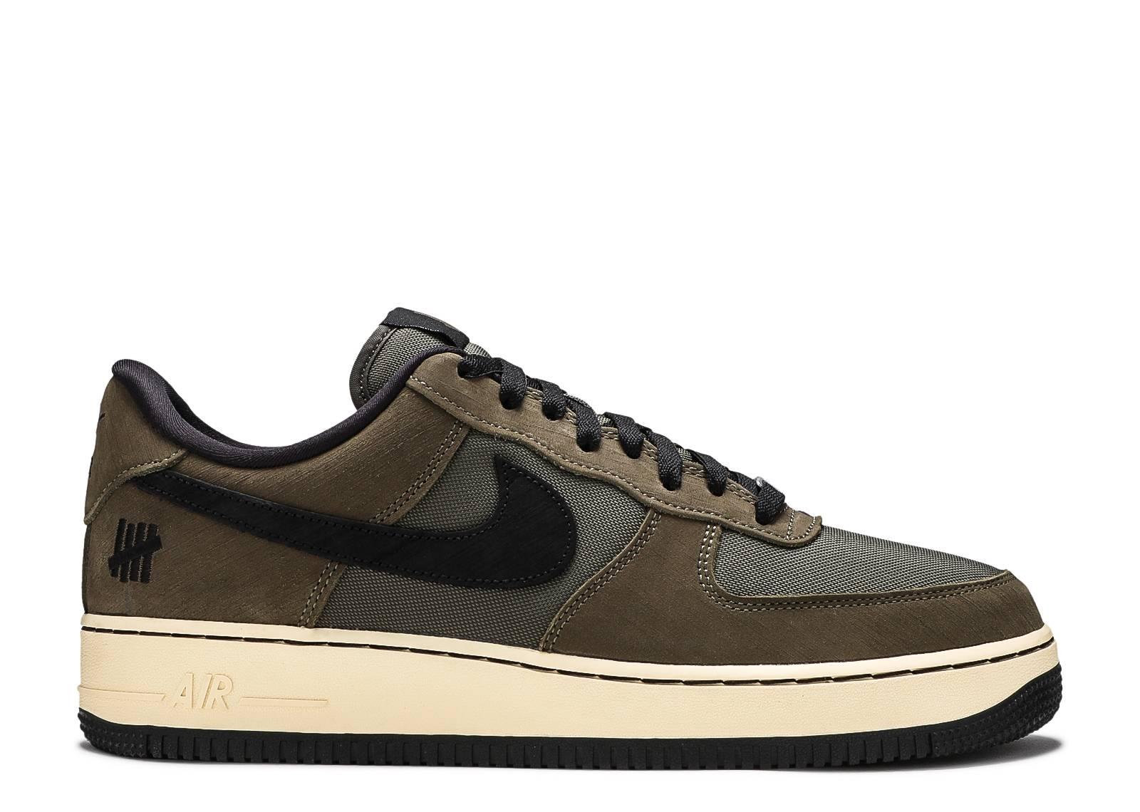 Nike Air Force Sneakers | Flight Club