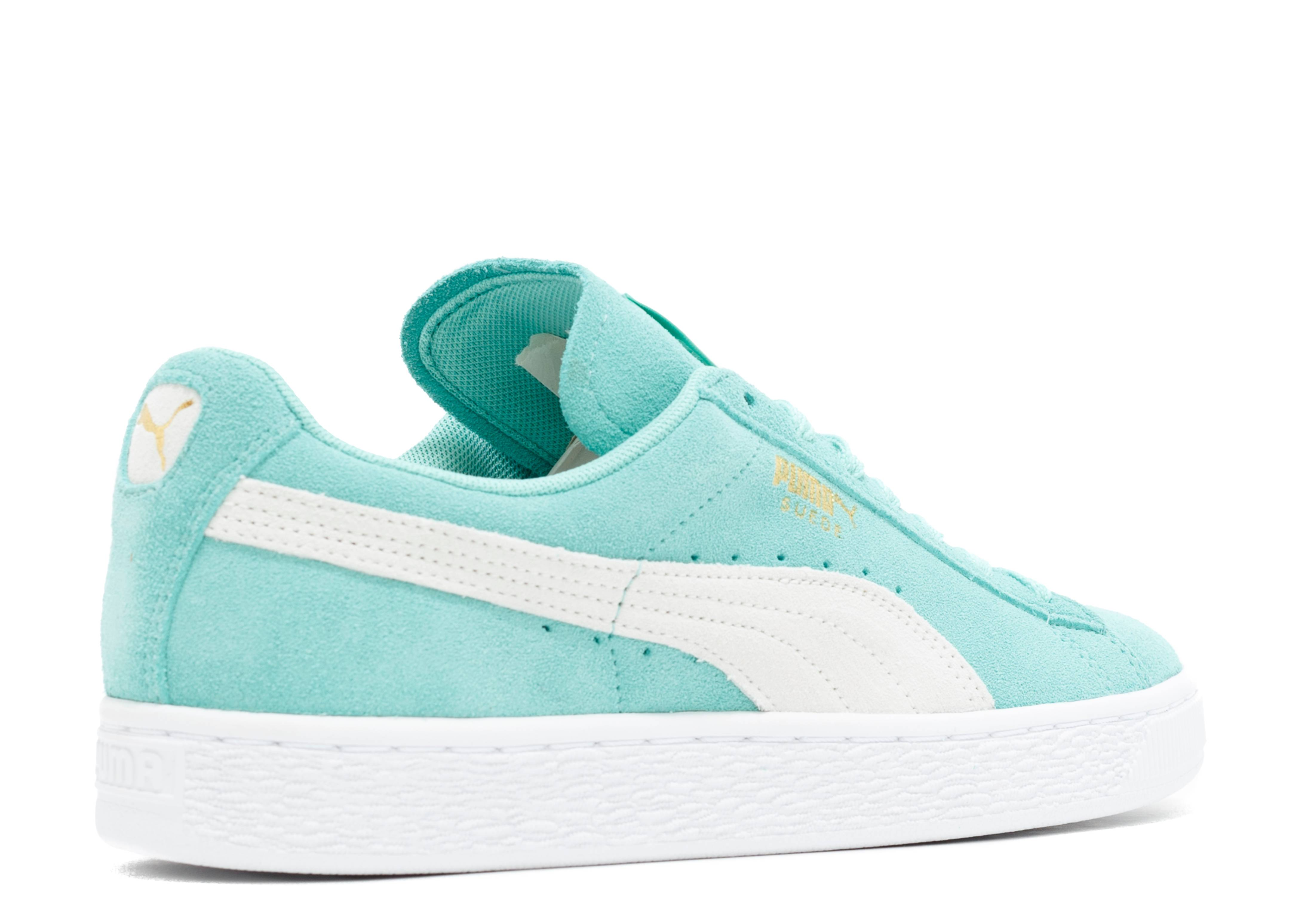 54c72d4d8b3 Suede Classic Wns - Puma - 35546232 - holiday white