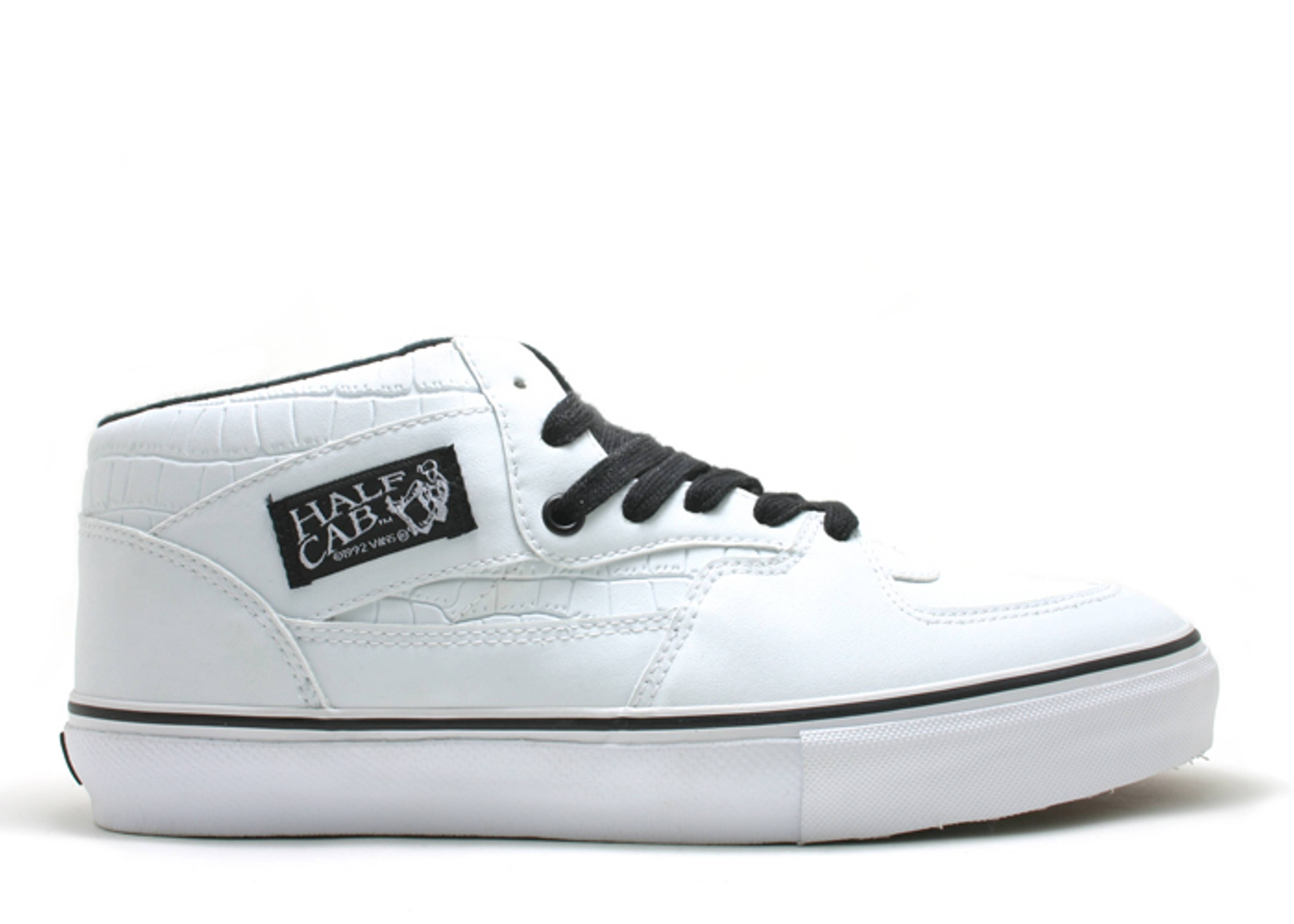 "half cab ""syndicate bullet proof"""