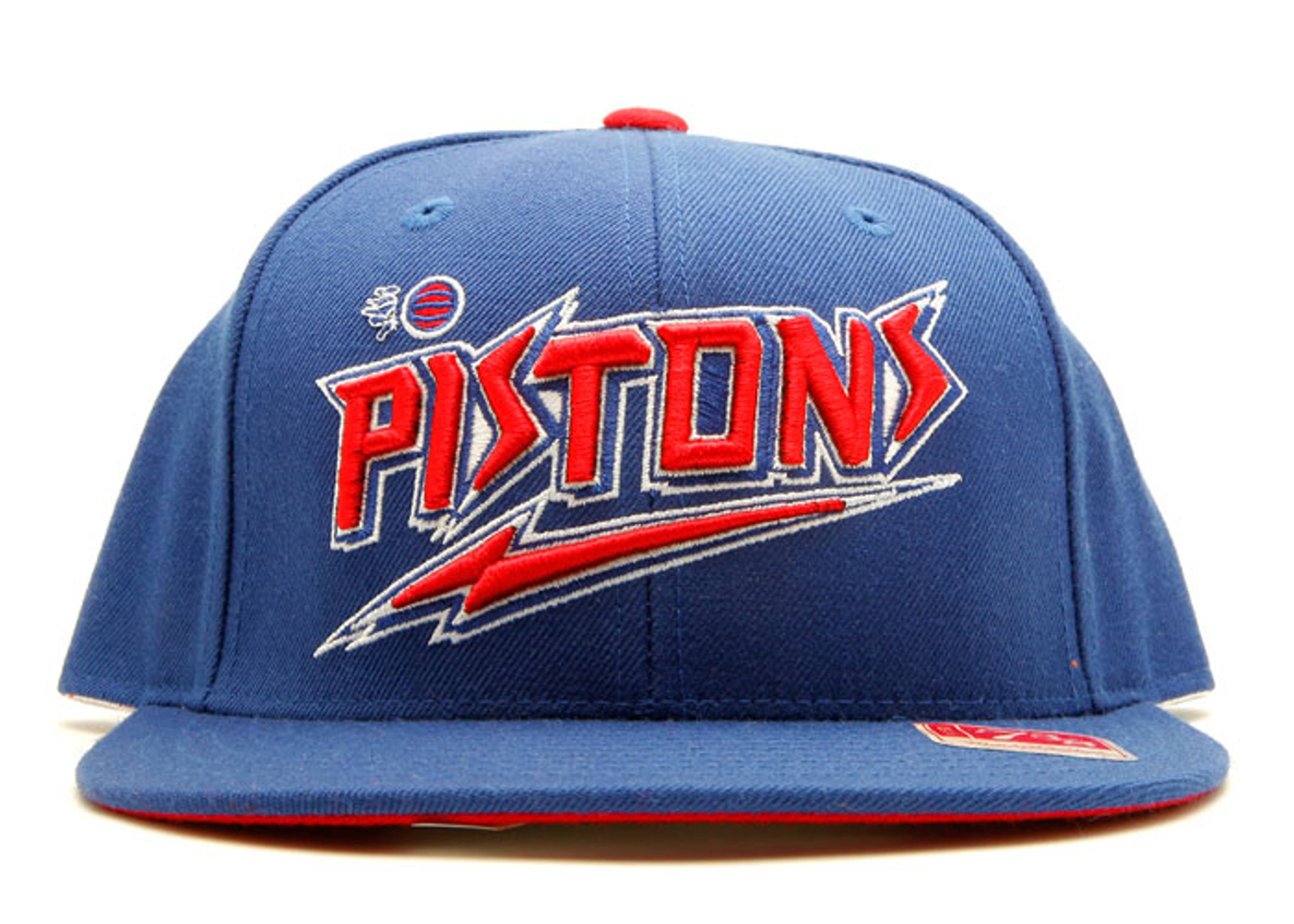 detroit pistons fitted