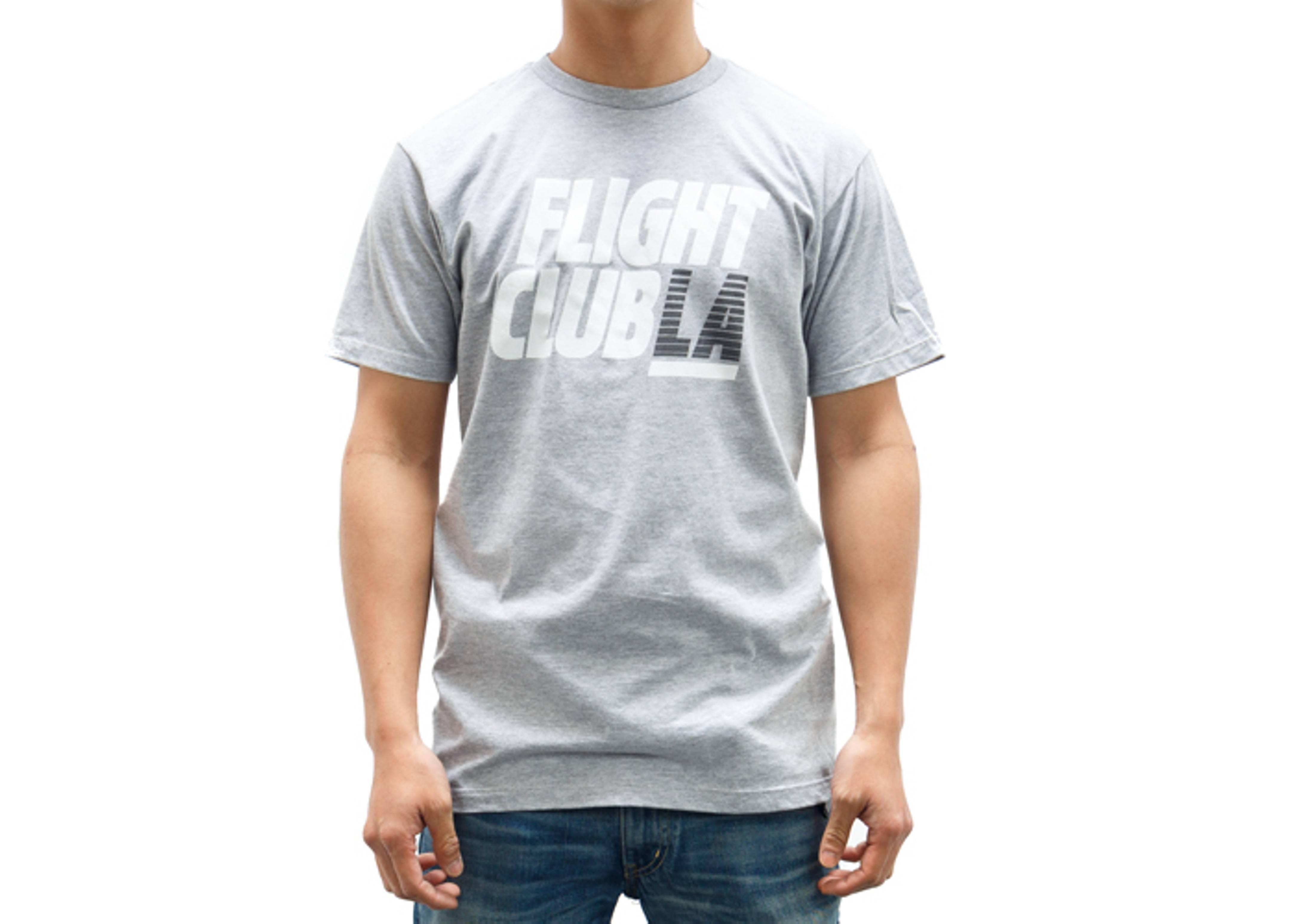 la stacked t-shirt