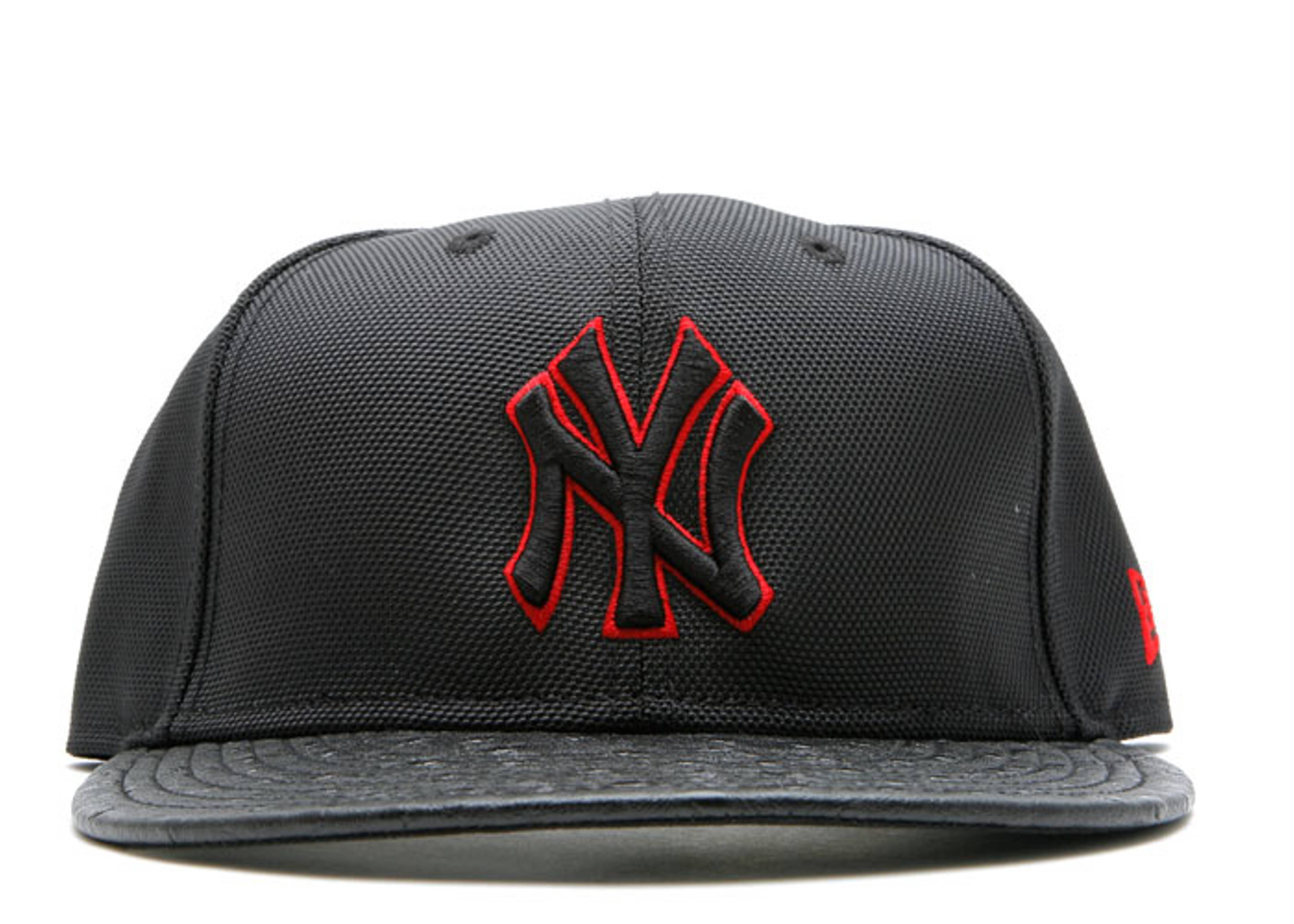 ostrich nylon new york yankees fitted