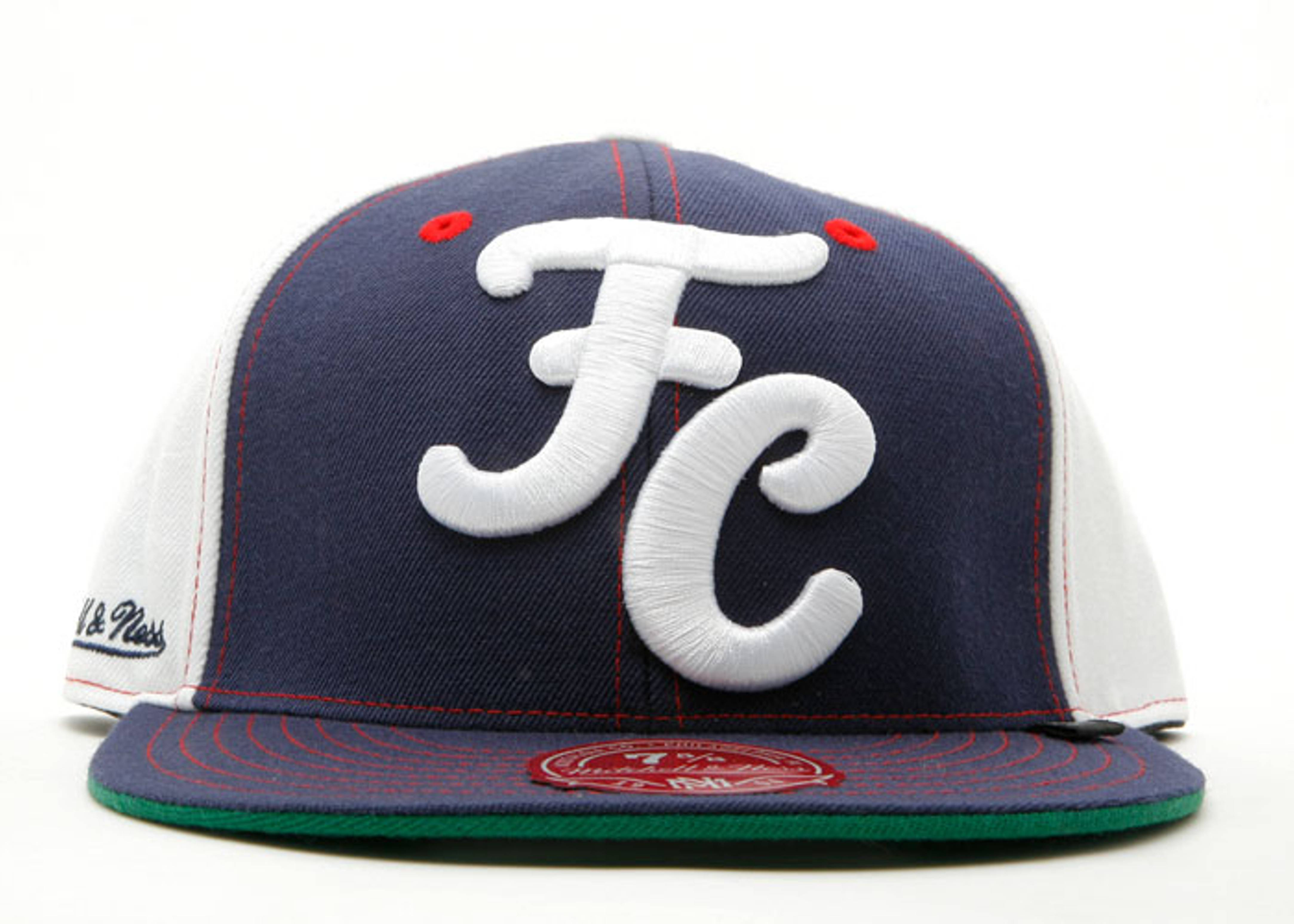 "fc x mitchell & ness fitted ""fc pinwheel"""