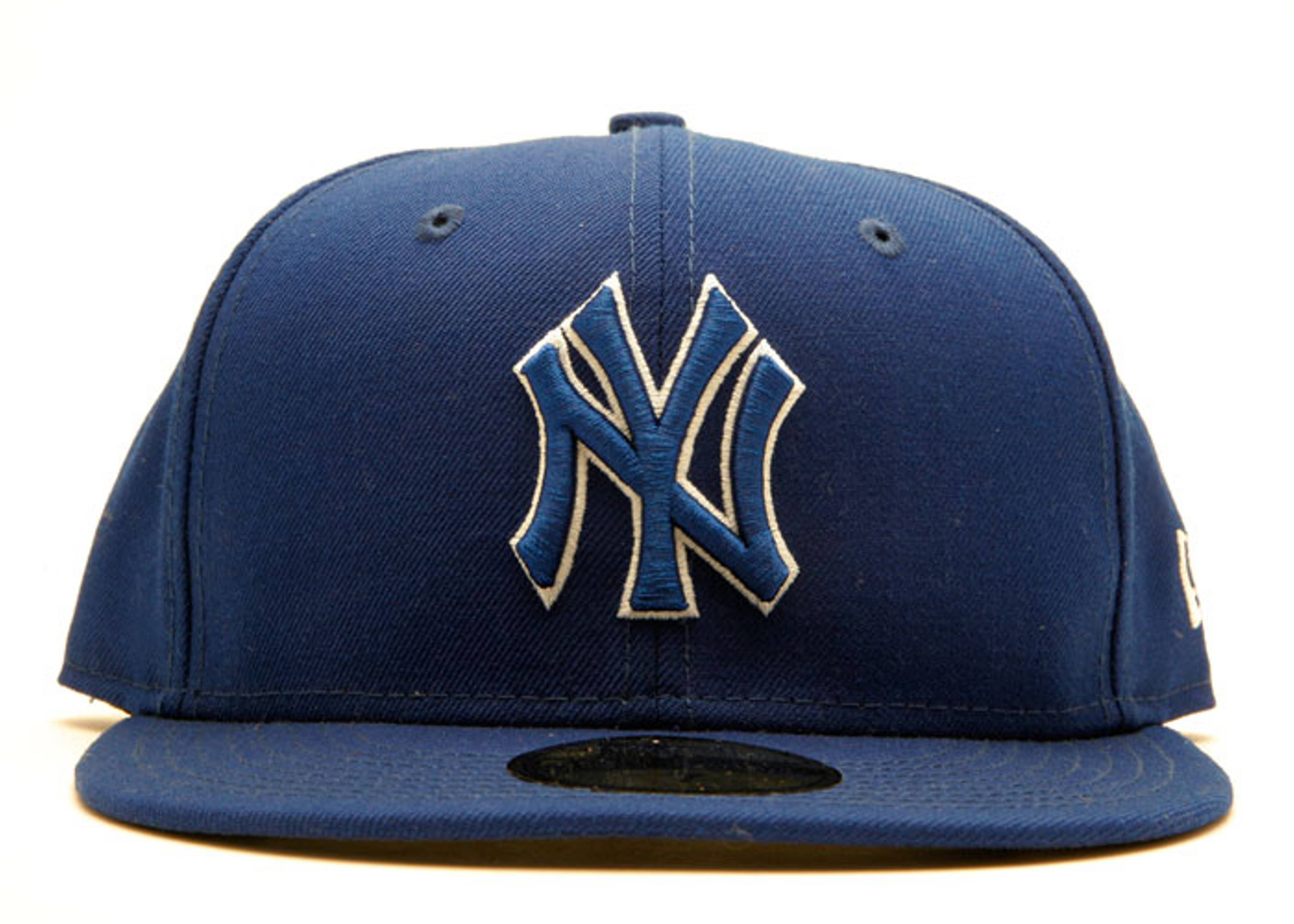 """new york yankees fitted """"outline"""""""