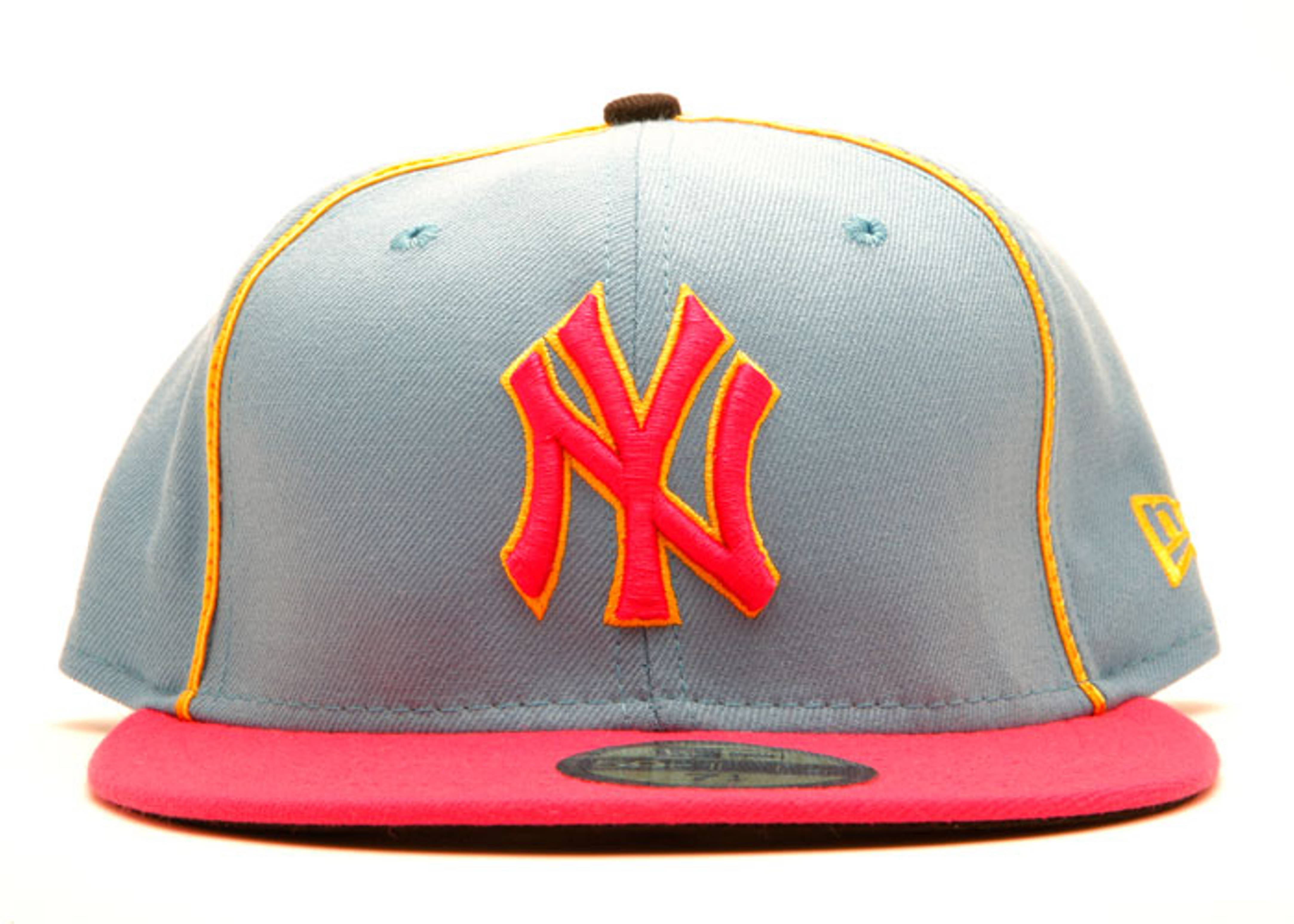 "new york yankees fitted ""ms. pacman"""