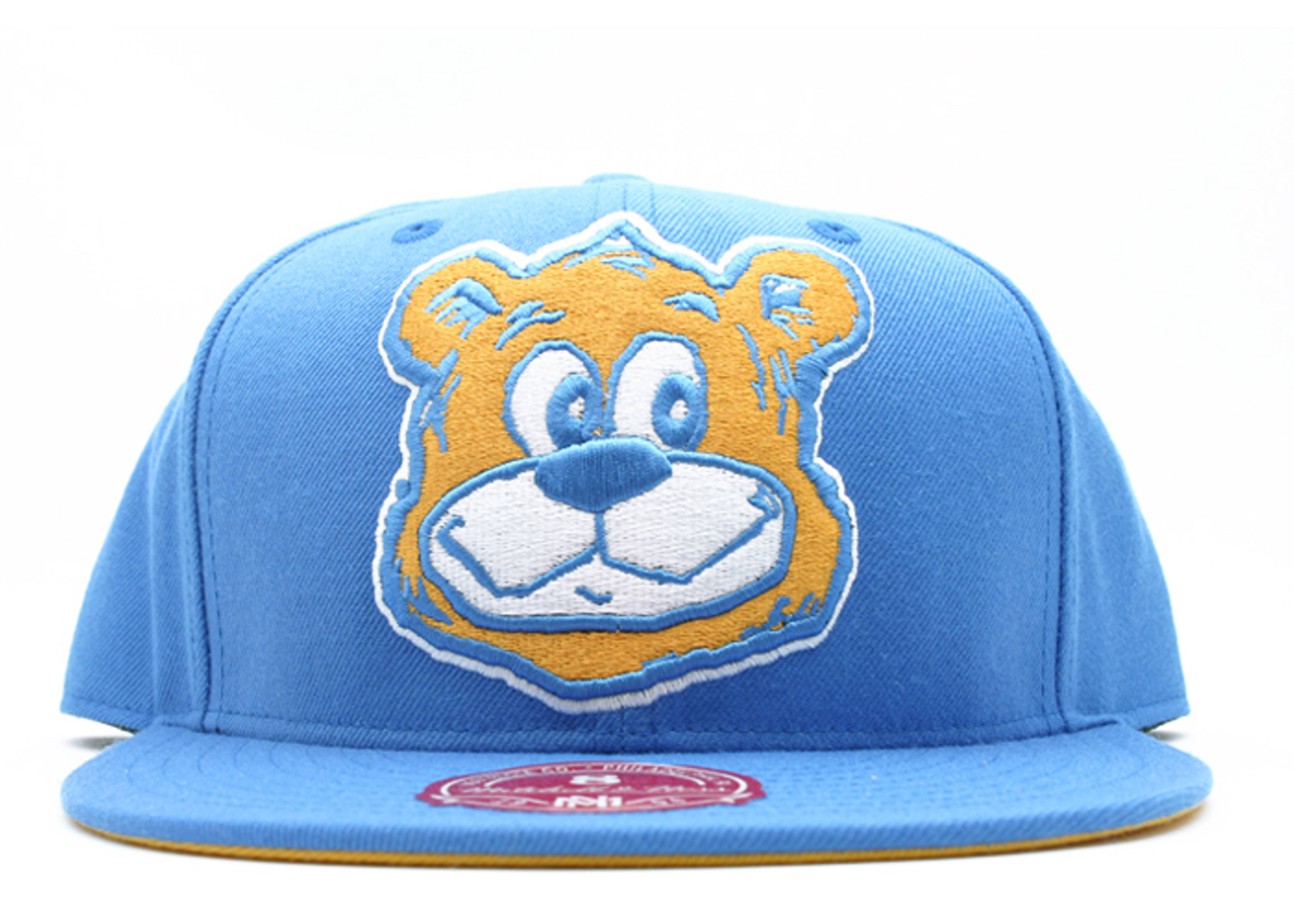 "ucla bruins fitted ""ncaa xl logo"""