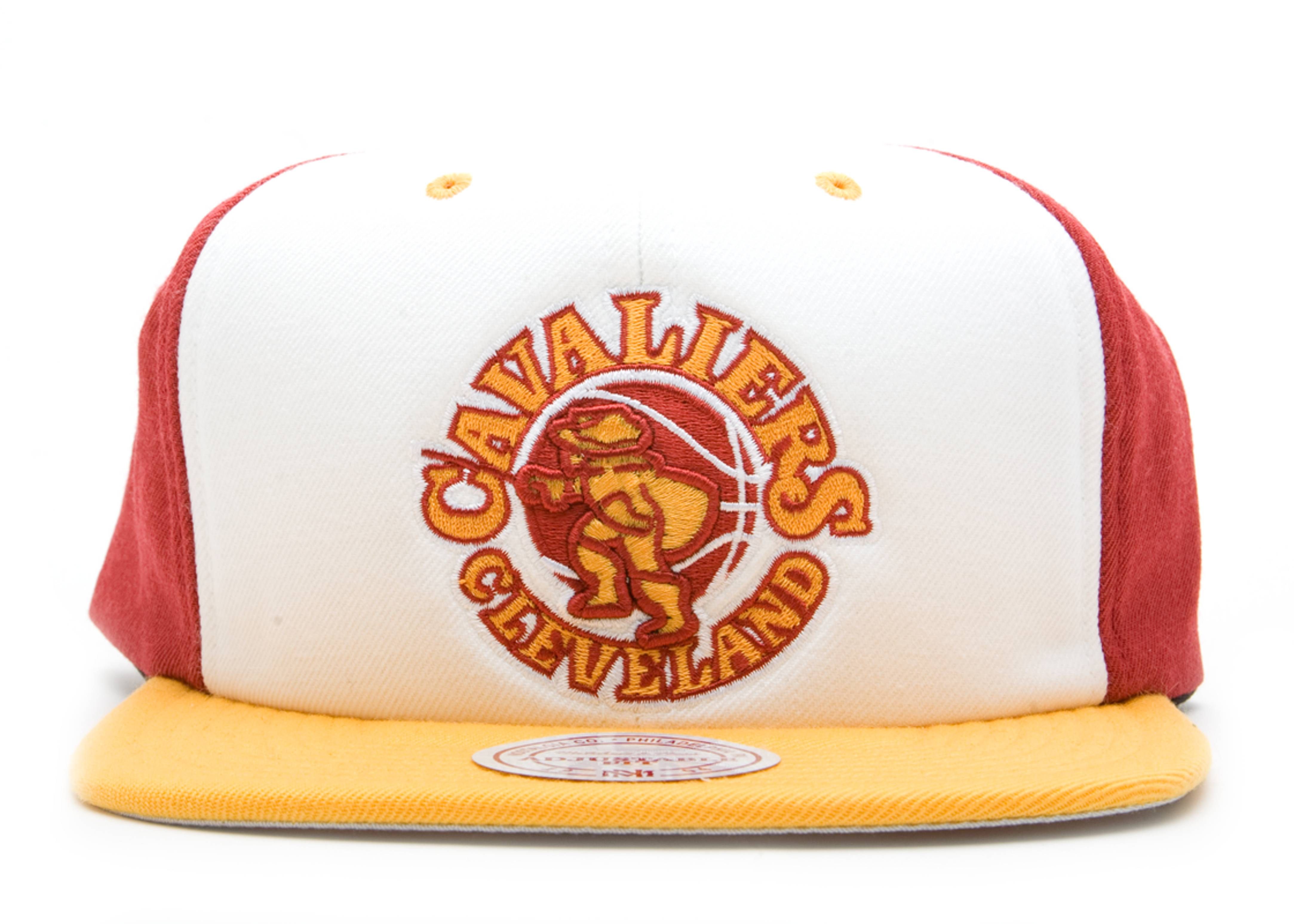 "cleveland cavaliers 2 tone snap-back ""high crown"""