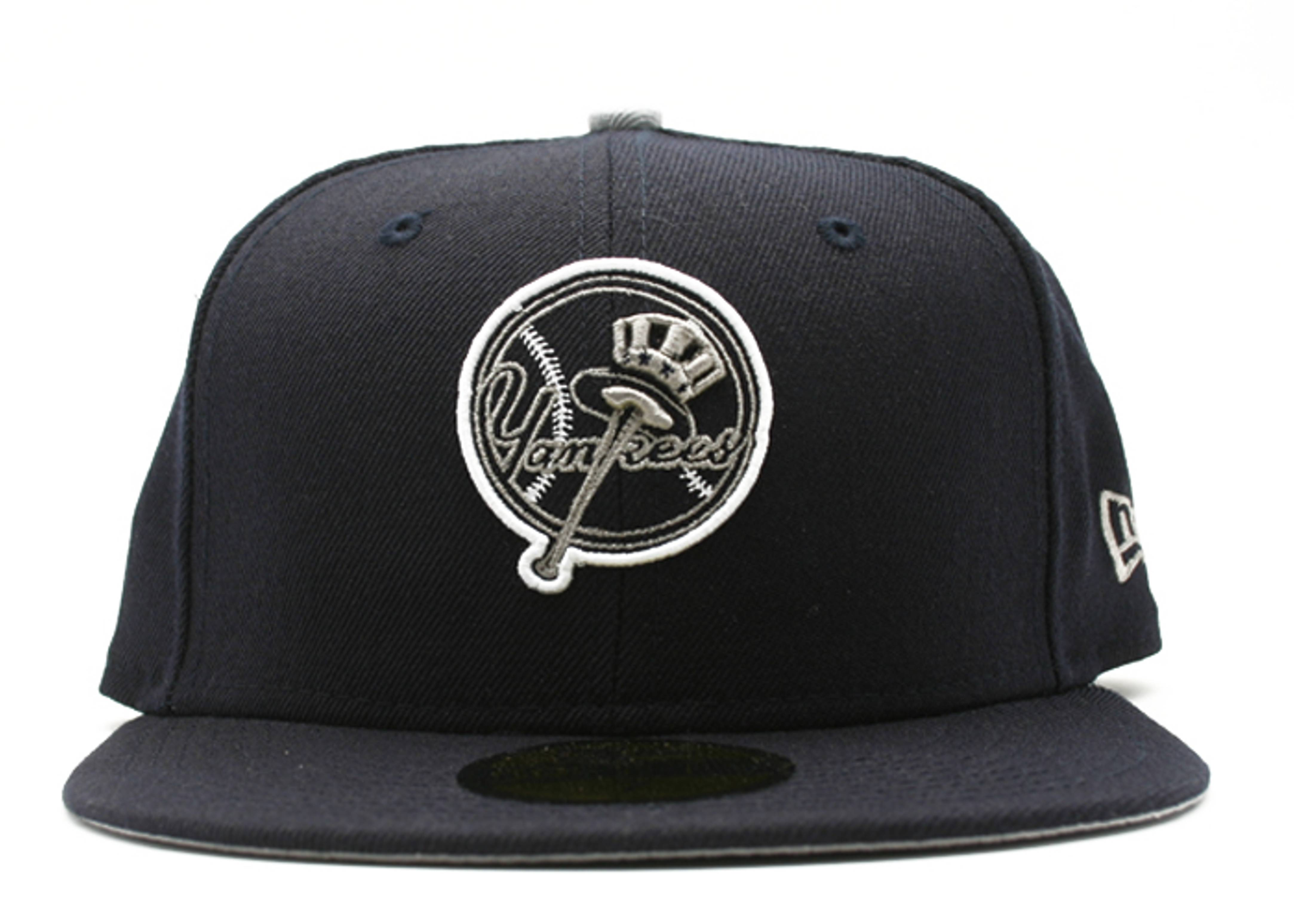 """new york yankees fitted """"neon sign"""""""